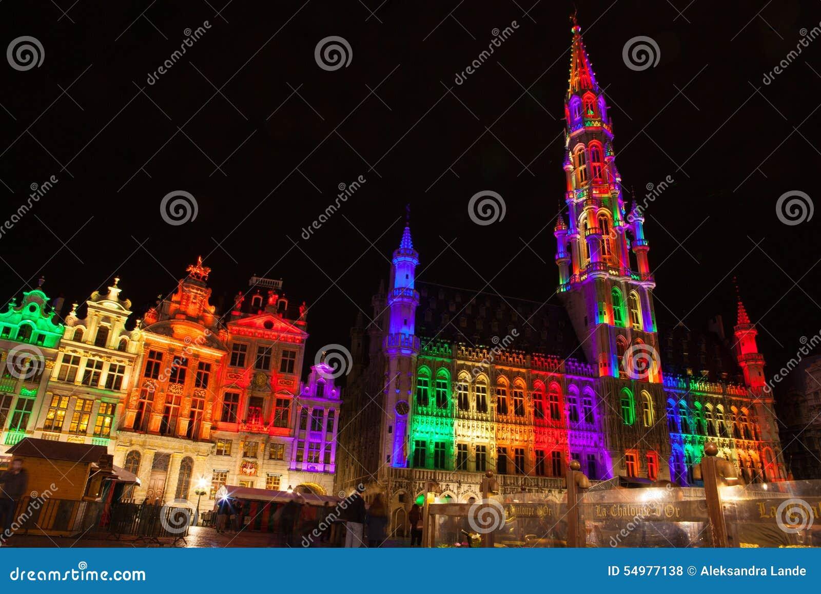 Grote Markt - den huvudsakliga fyrkanten och stadshuset av Bryssel