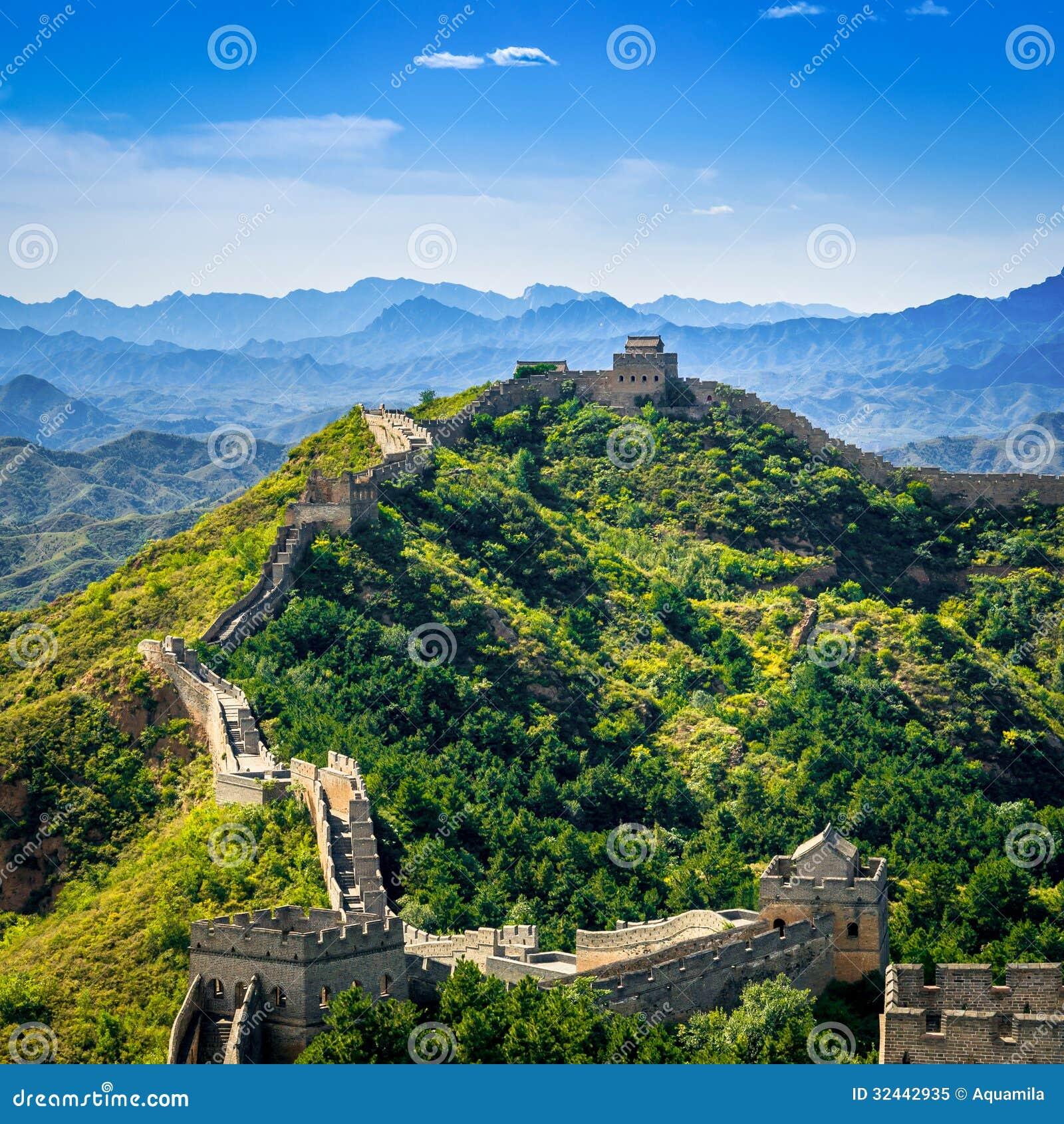 Grote Muur van China in de zomerdag, Jinshanling-sectie, Peking