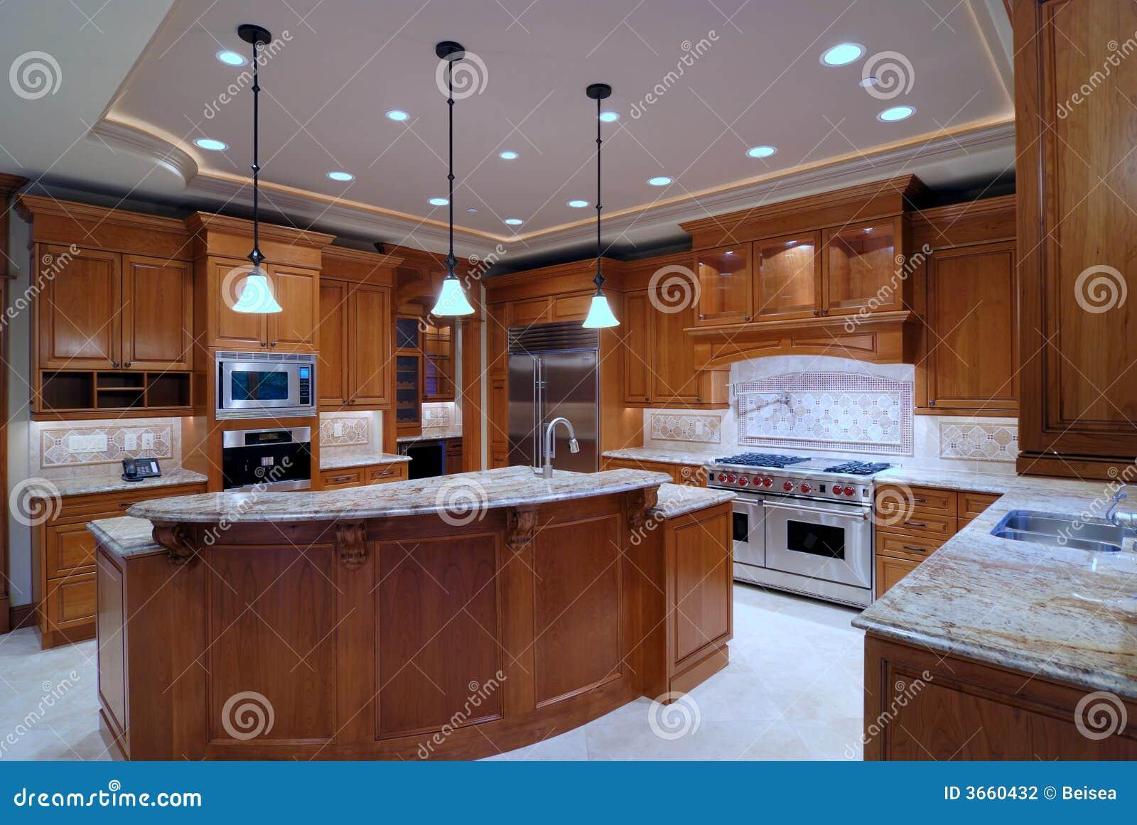 Keuken Grote Open : Grote open keuken stock foto afbeelding bestaande uit herenhuis