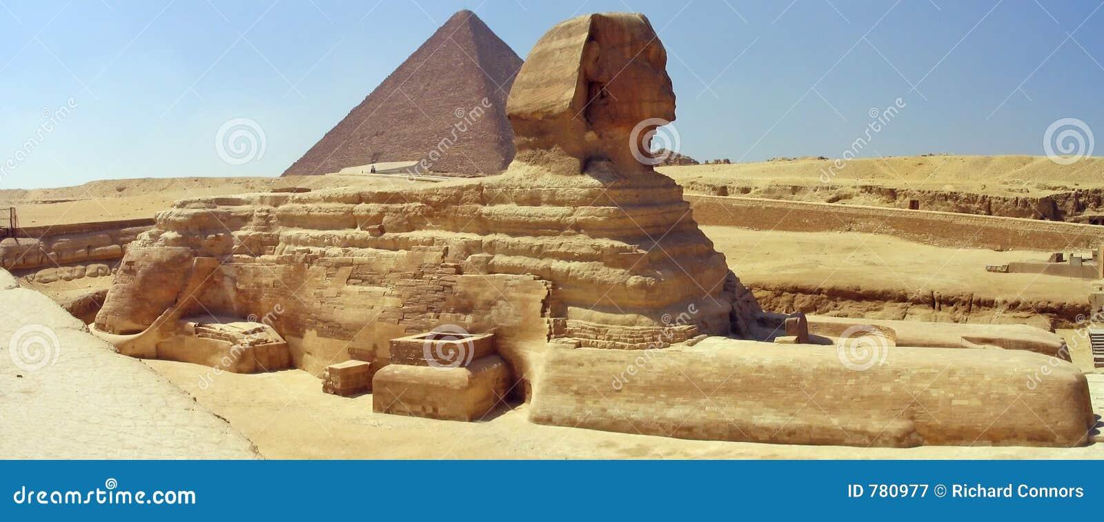 Grote Sfinx, Grote Piramide. Giza, Egypte.