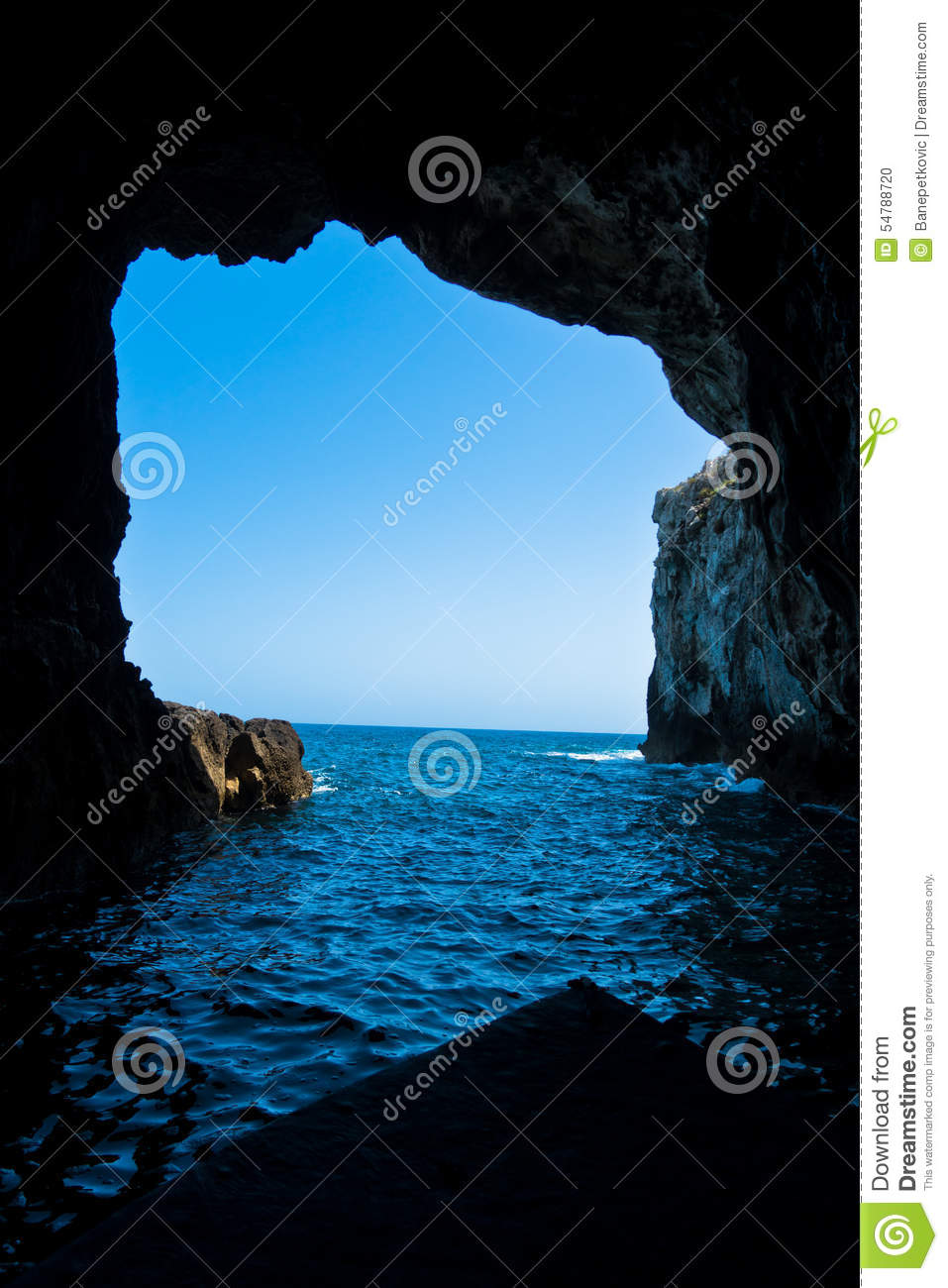 Grotte, Sea Caves Near Syracuse Harbor At Sicily Stock