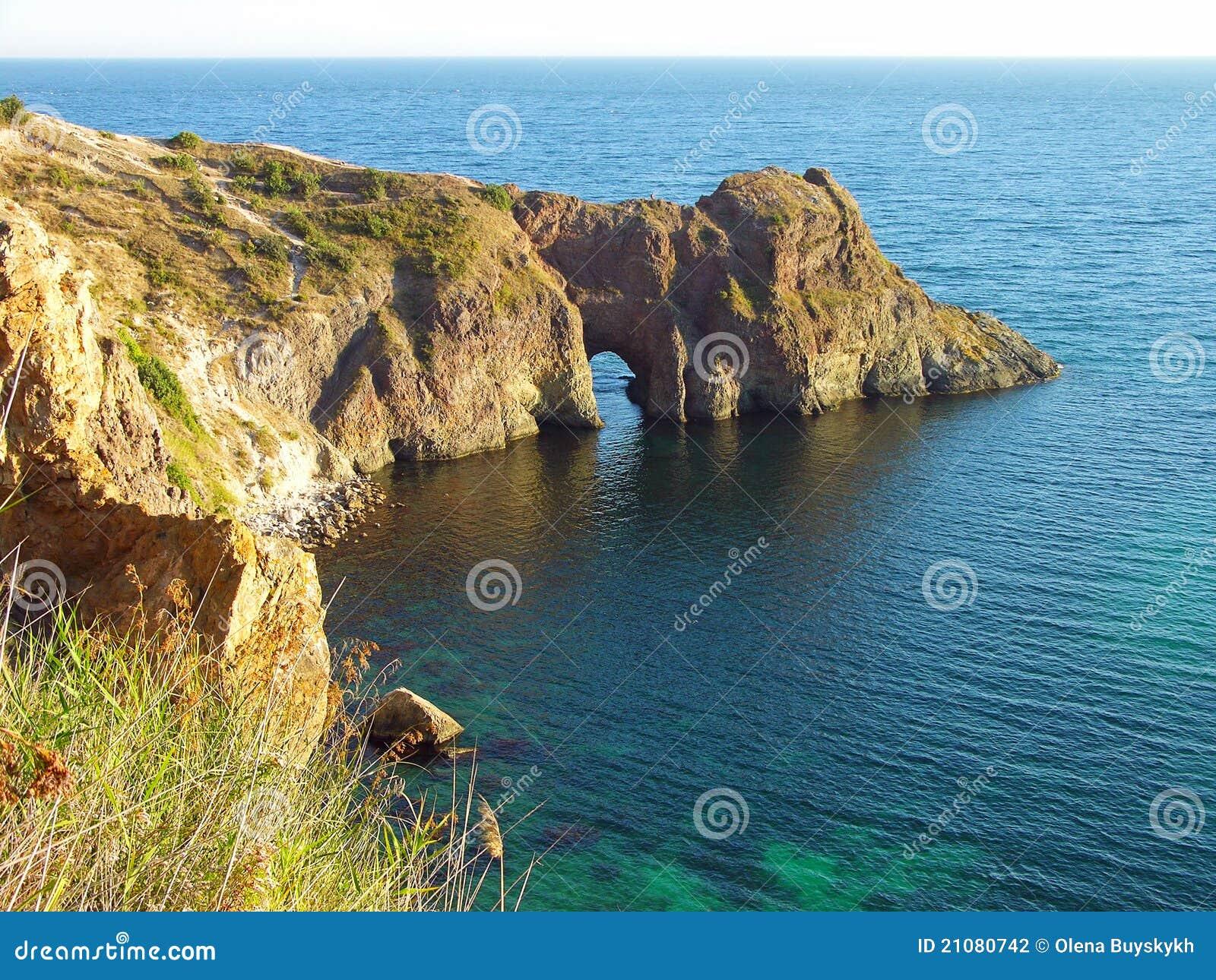 Grotto della Diana nel Mar Nero, Ucraina