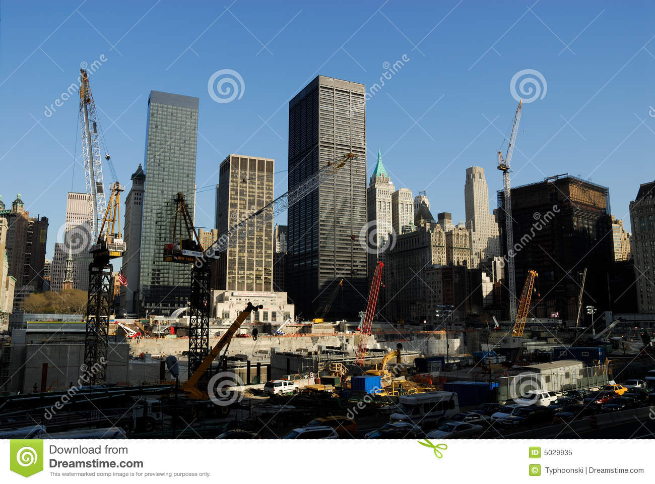 "ground zero by suzanne berne essay Cortia henry journal entry 2 engl1010-106 9-26-11 ""ground zero"" in the essay ""ground zero"", written by suzanne berne, the author makes her claim on how the empty site that was once the new york world trade center, is more visible with the adjusted eye without the tangible existence being physically there."