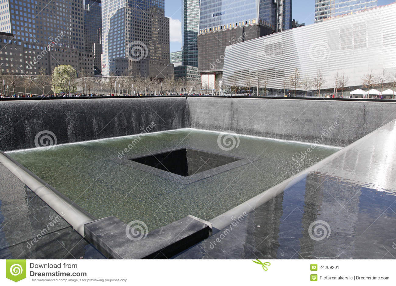 Ground zero freedom tower wtc editorial photo image - Ground zero pools ...