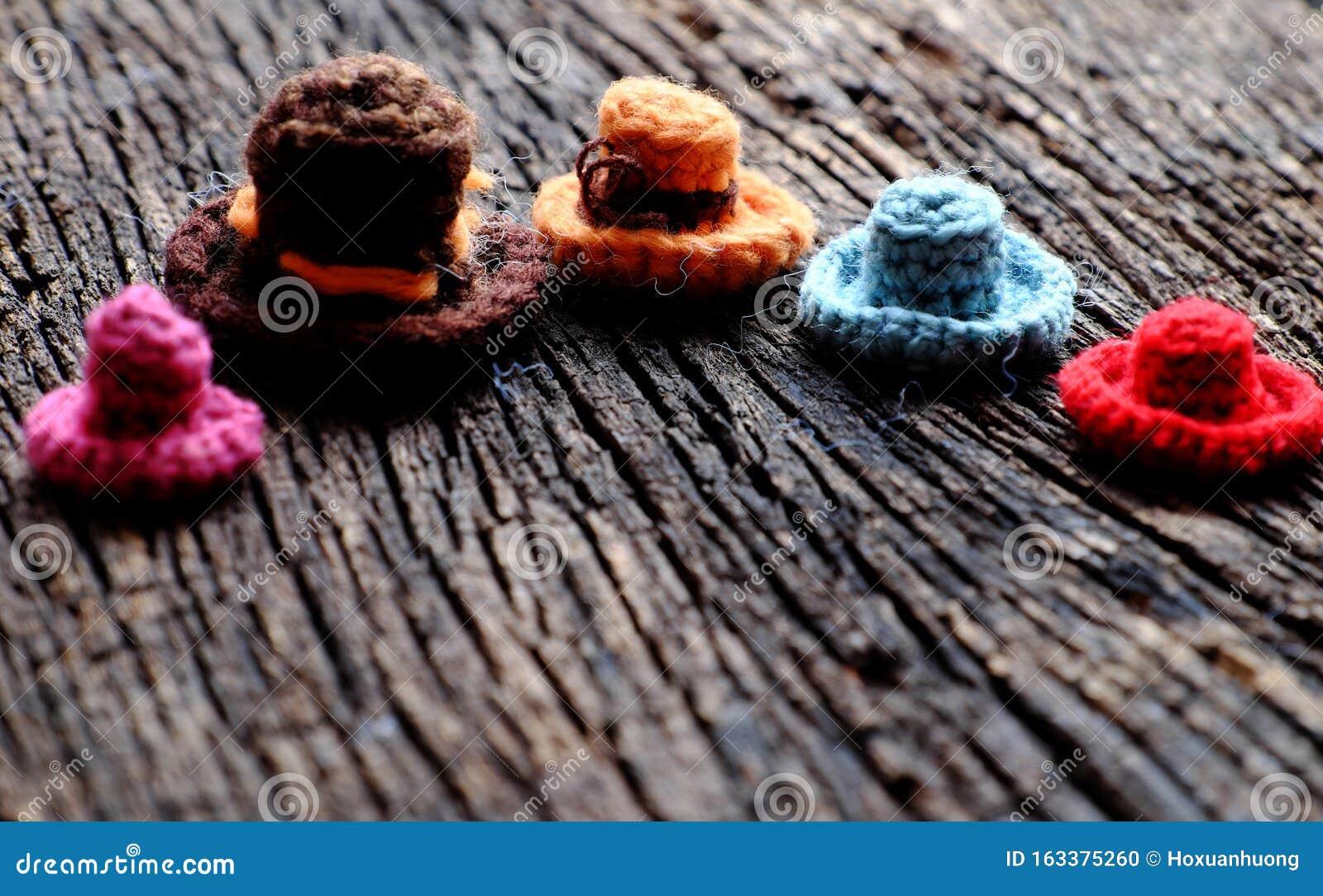 Amigurumi Mini Pig Crochet Pattern | 1082x1600