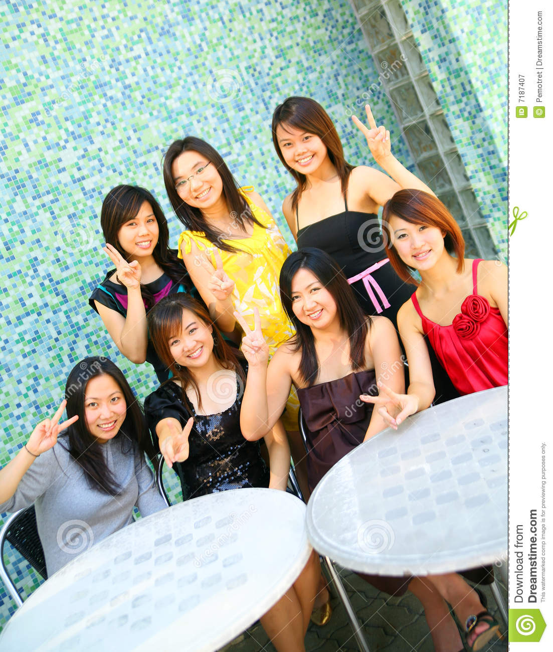 Can asian chicks group pics