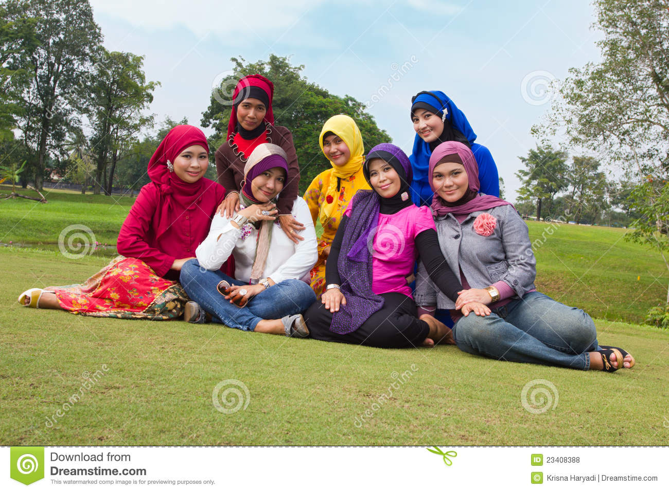 midway park single muslim girls Featured profiles of single muslim women from usa muslim women united  i  enjoy cooking and making delicious dishes, having a good time and calm  relaxing walks in the park  my daughter is very nice, caring, and decent girl  she loves.