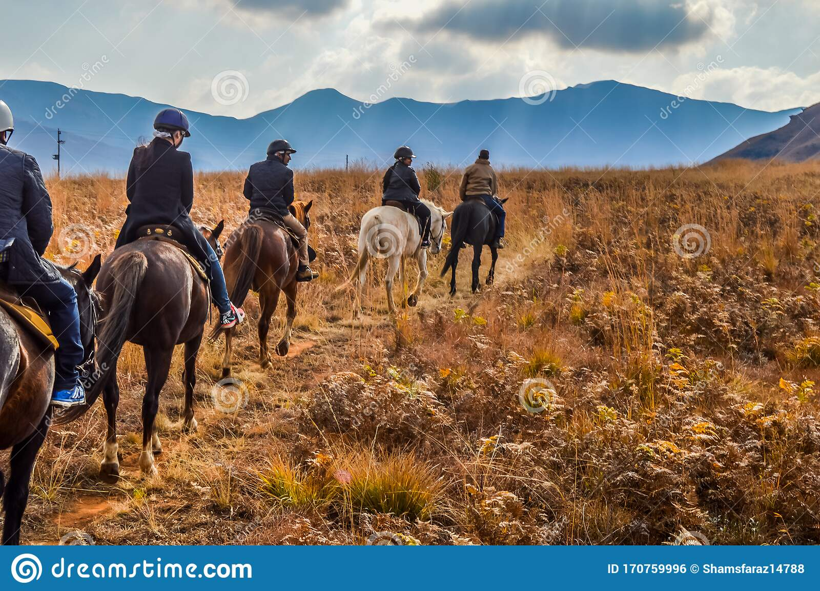 Group Of Indian Horse Riding Riders On A Trail In Drakensberg Re Editorial Photo Image Of Clouds Nature 170759996