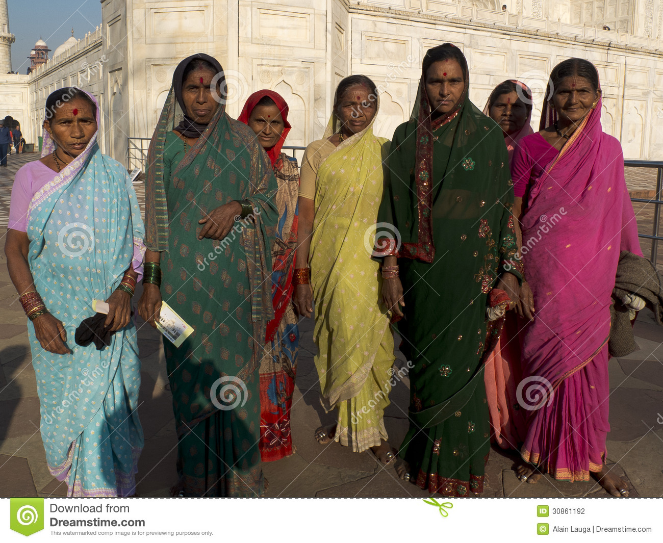agra women Agra tours - agra is one of popular tourist destination and home of taj mahal,  because we were two women, we were worrying to be in delhi especially.