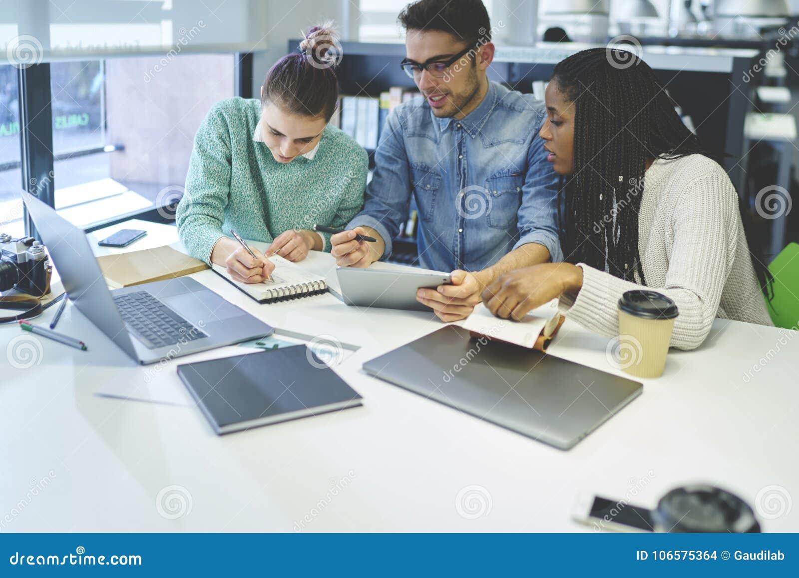 Custom paper writers service uk
