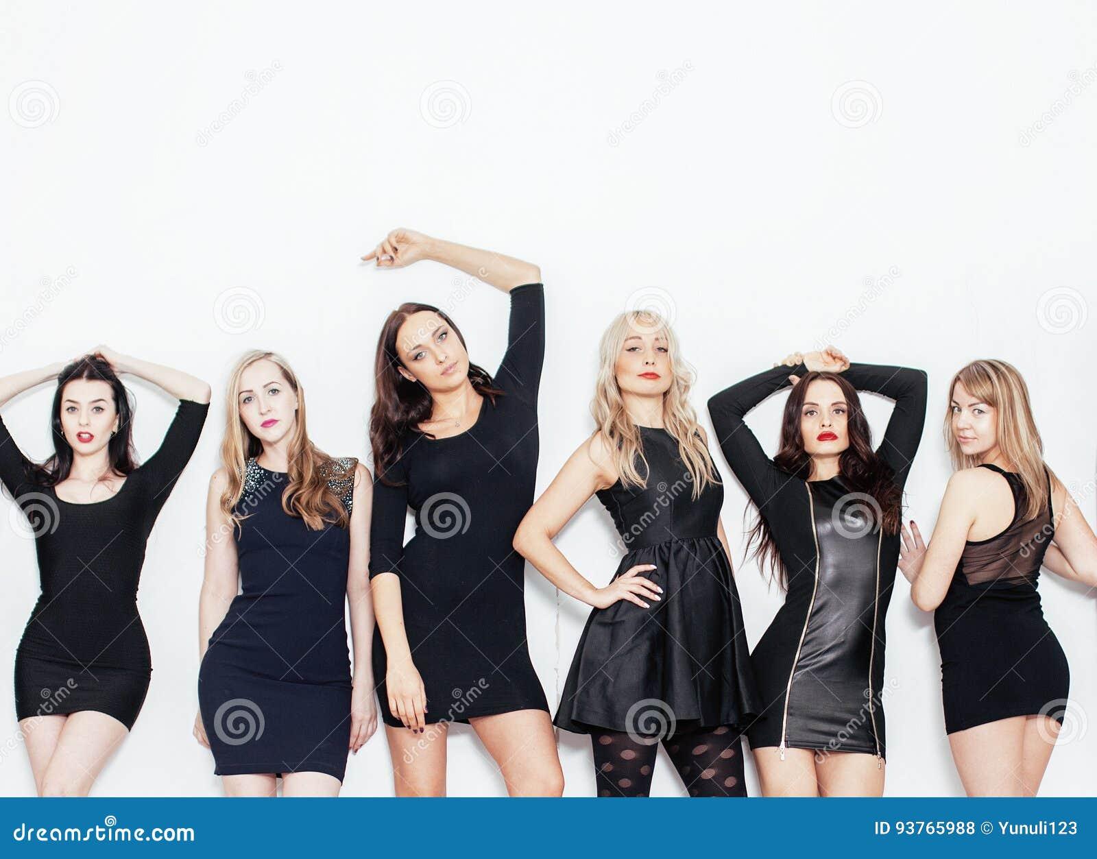 Много девушек вместе фото порно русское