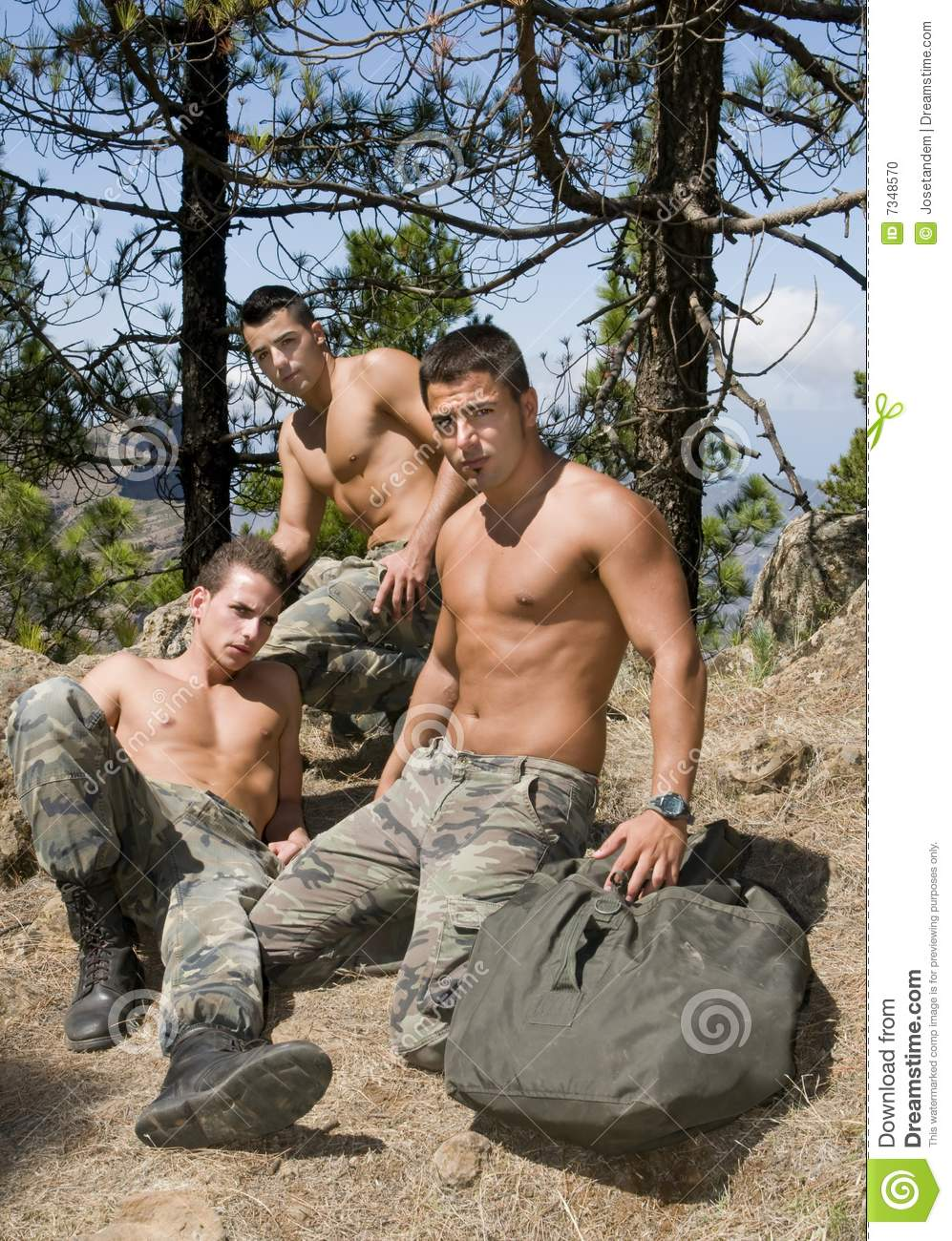 gay group gay military