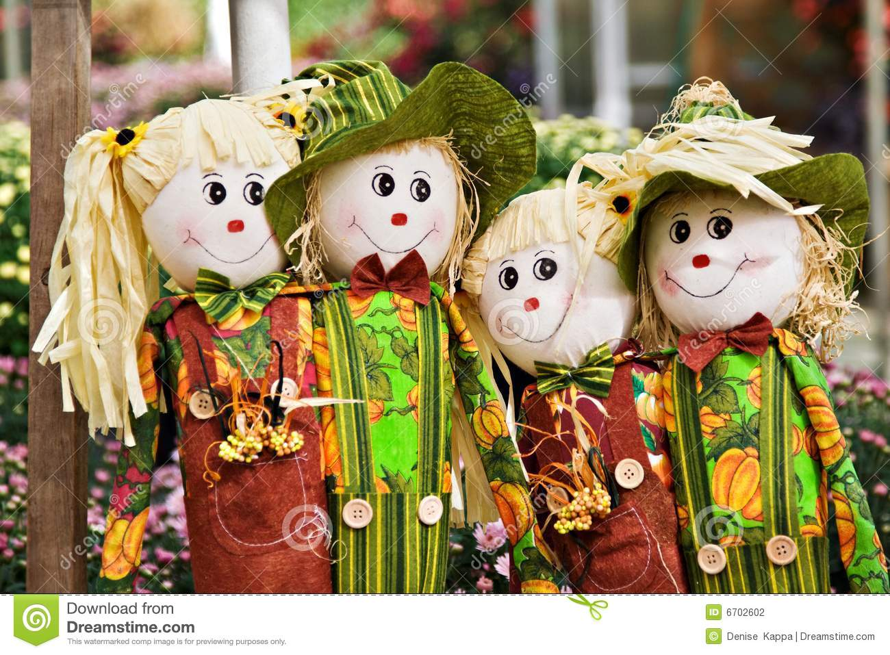 Group of scarecrows stock photography image 6702602 for Animated scarecrow decoration