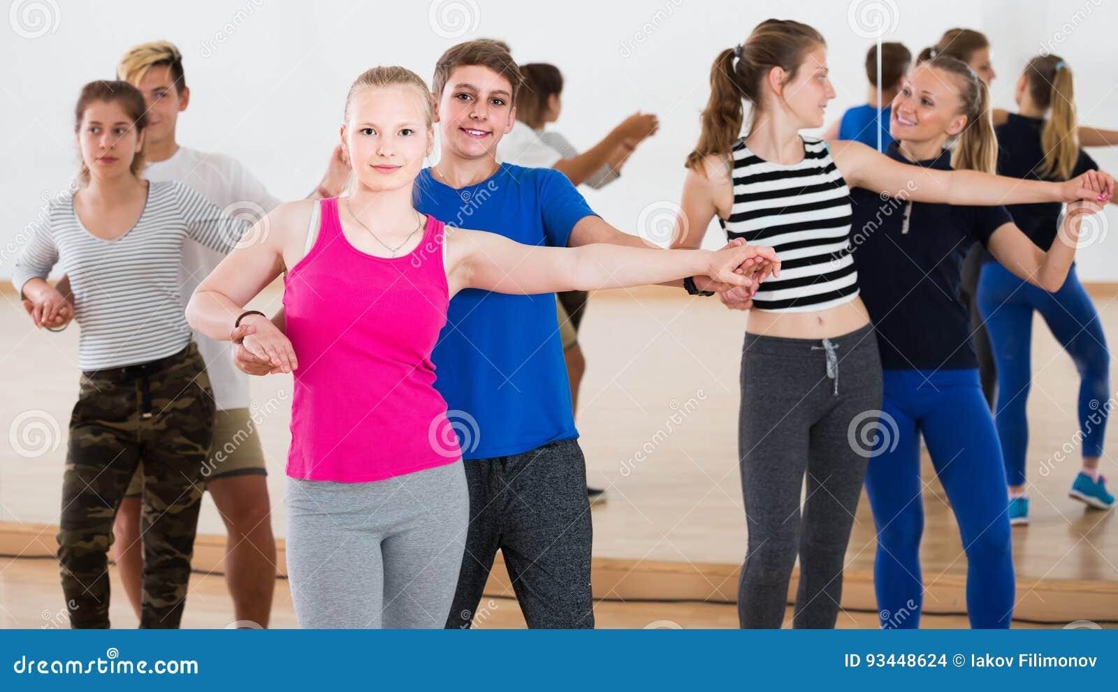 free-group-teen-photo