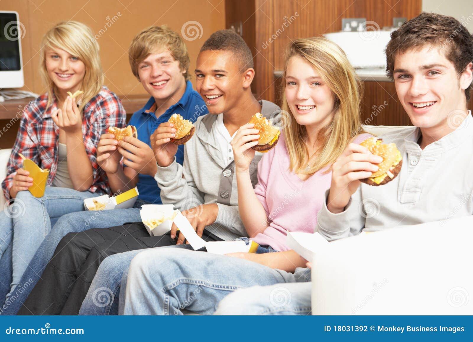 Фото подростков дома 19 фотография