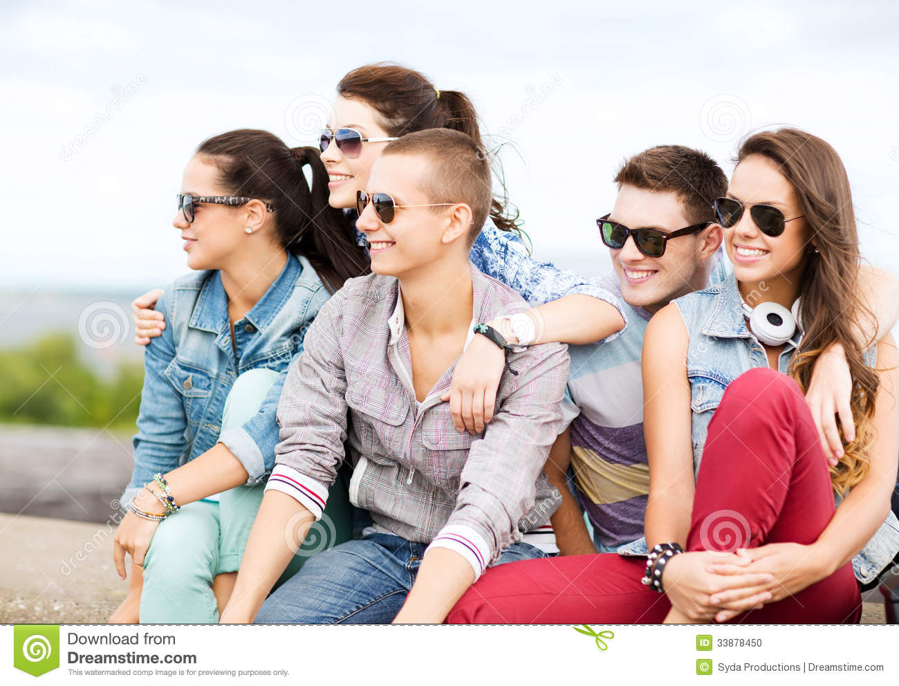 Group of teenagers hanging out stock photo image 33878450 for Hanging groups of pictures