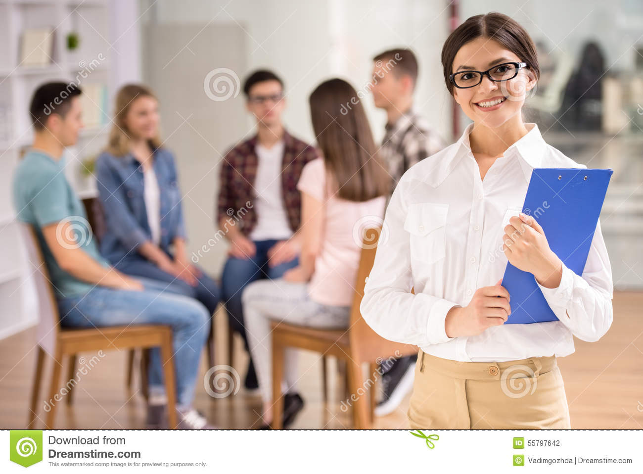 dreams in group therapy essay This 10 week social anxiety group will be based on the principles of rational-emotive & cognitive behavior therapy (re&cbt) group members will learn to identify,.