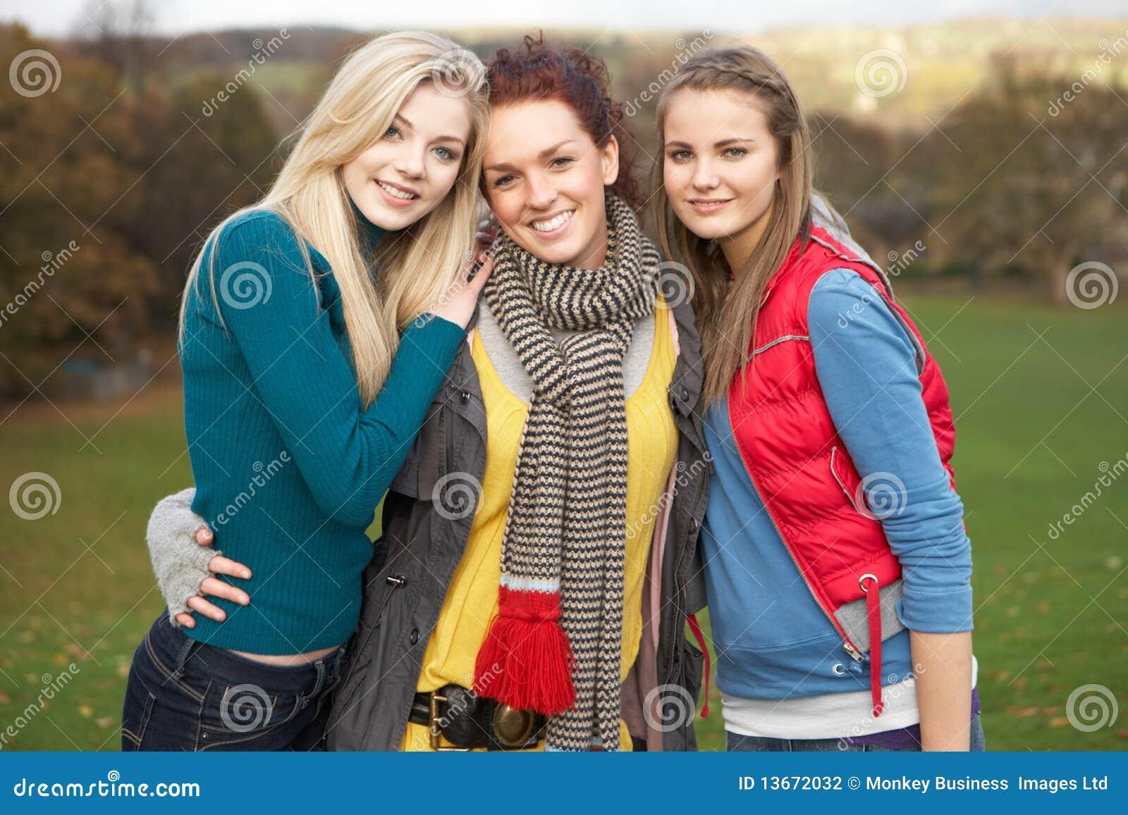 brunette teen group