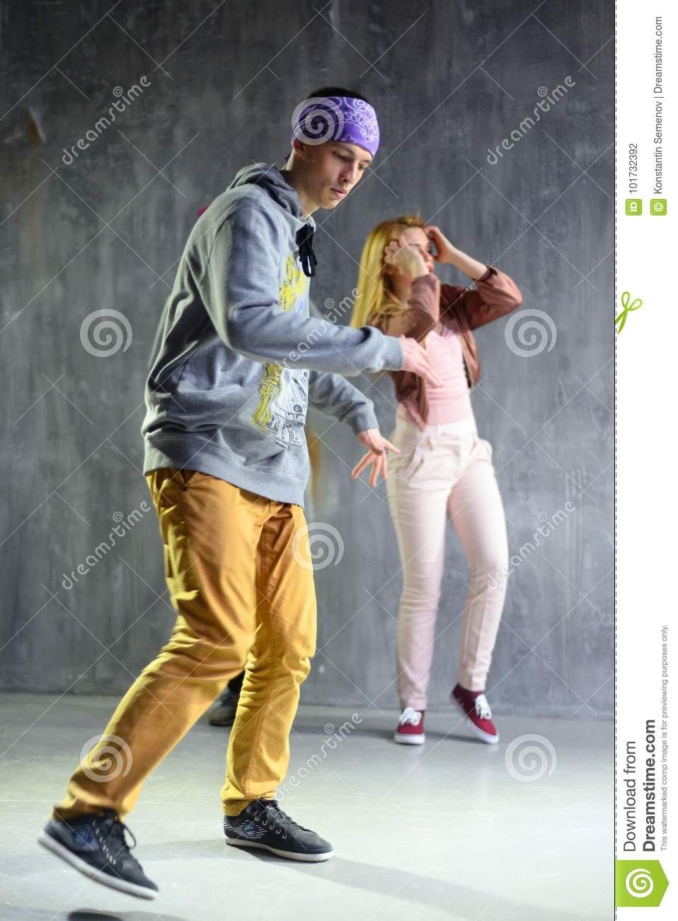 Group Of Young People Are Hip Hop Dancing. Editorial ...