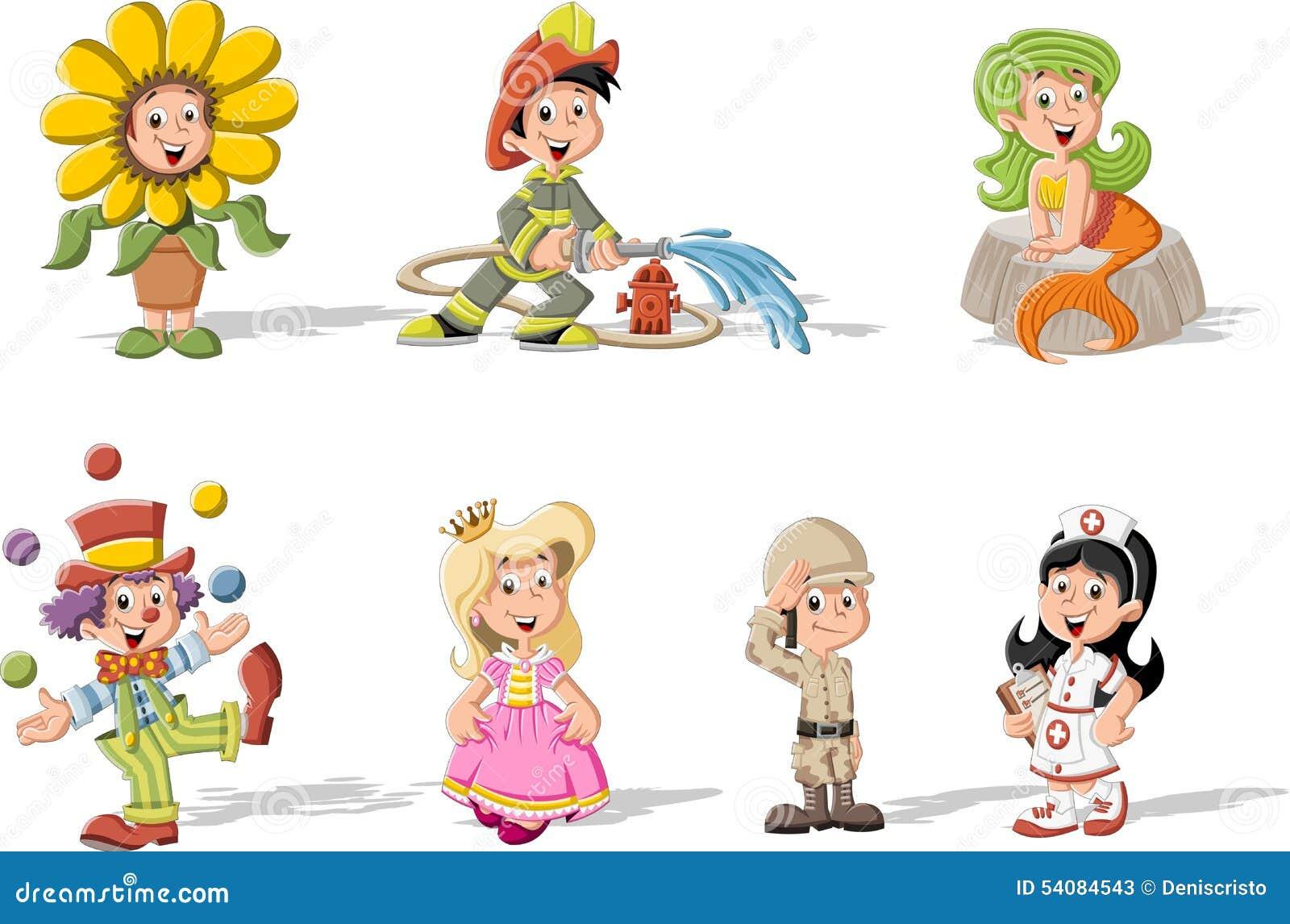 Groupe d enfants de bande dessinée utilisant des costumes