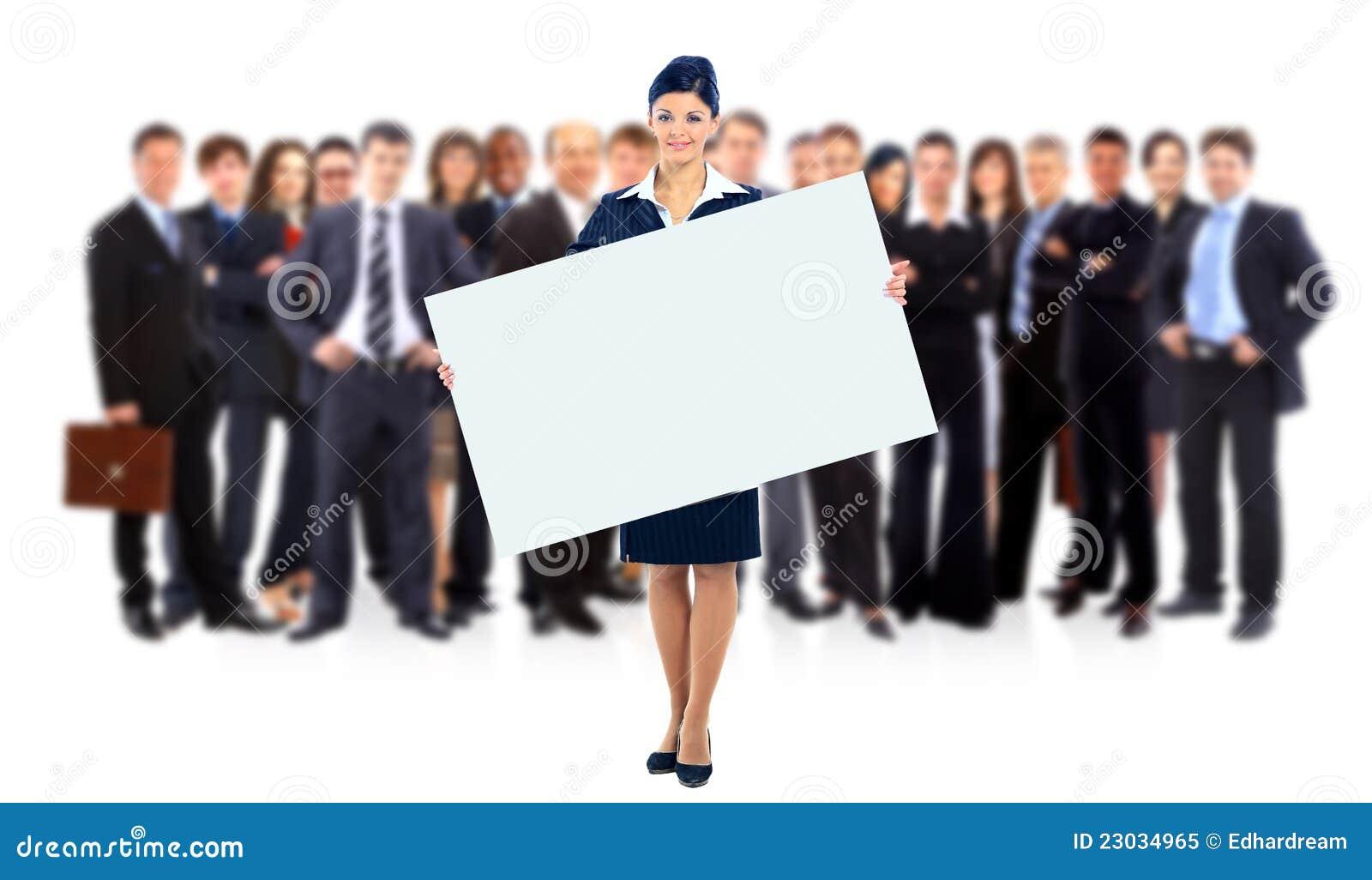 Groupe de gens d affaires jugeant une annonce de bannière d isolement sur le blanc