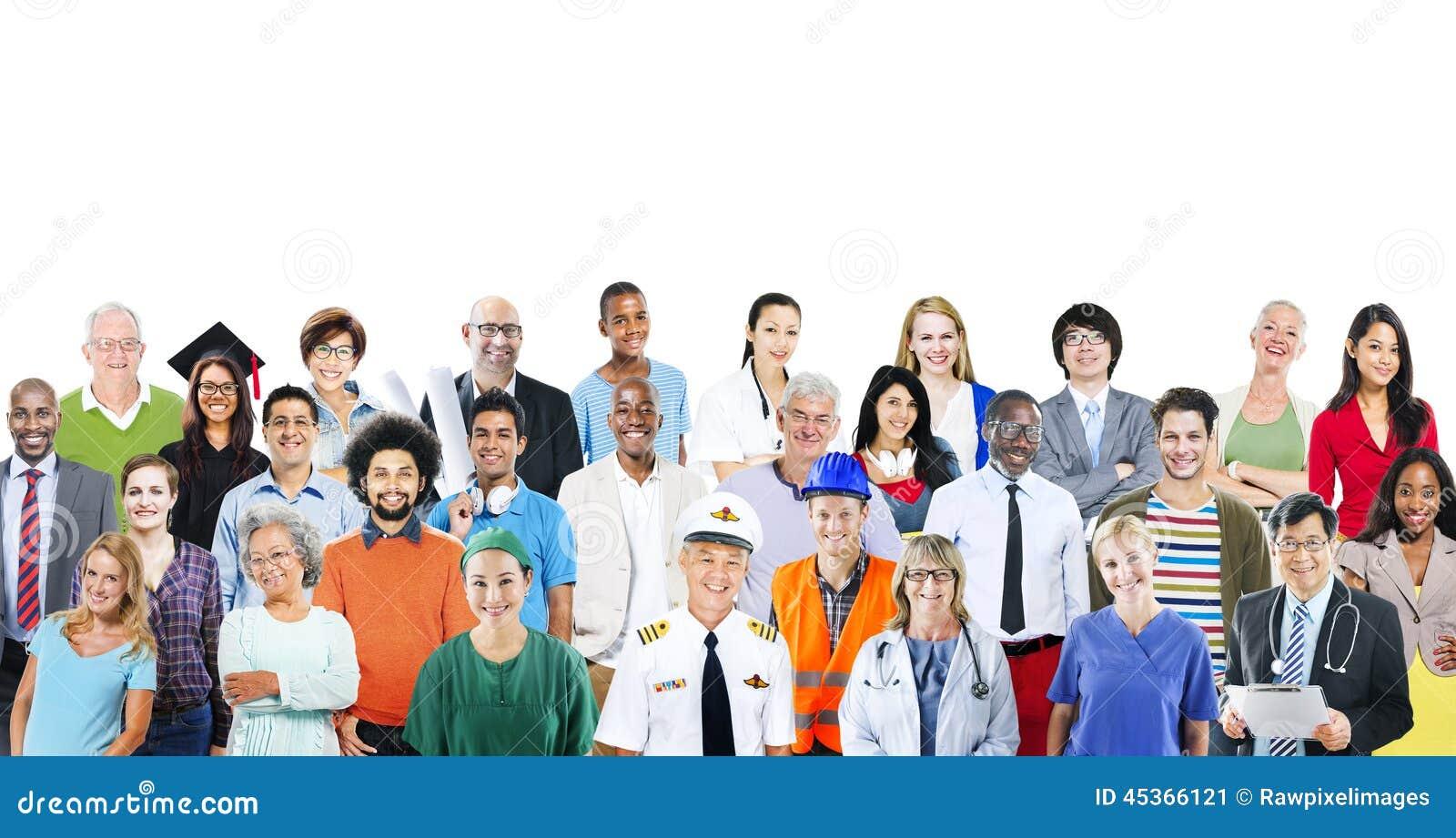 Groupe de personnes multi-ethniques diverses avec différents travaux