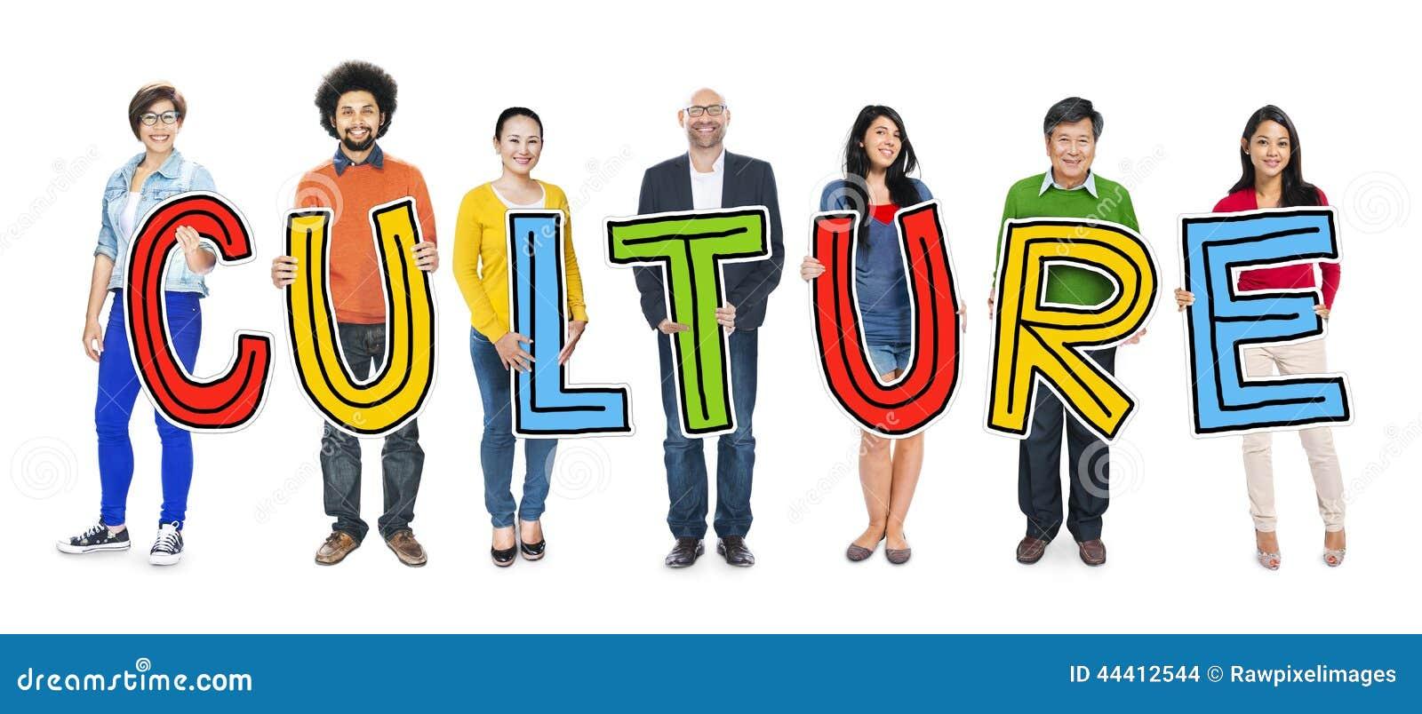 Groupe de personnes se tenant tenant la culture photo - Culture de la truffe ...