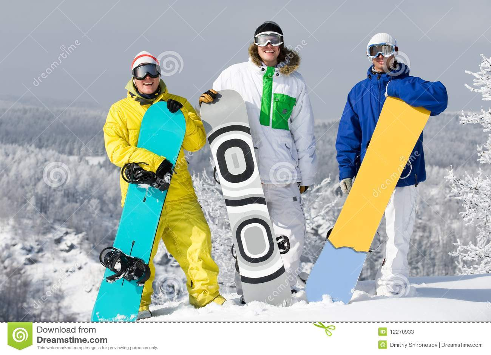 Groupe de snowboarders