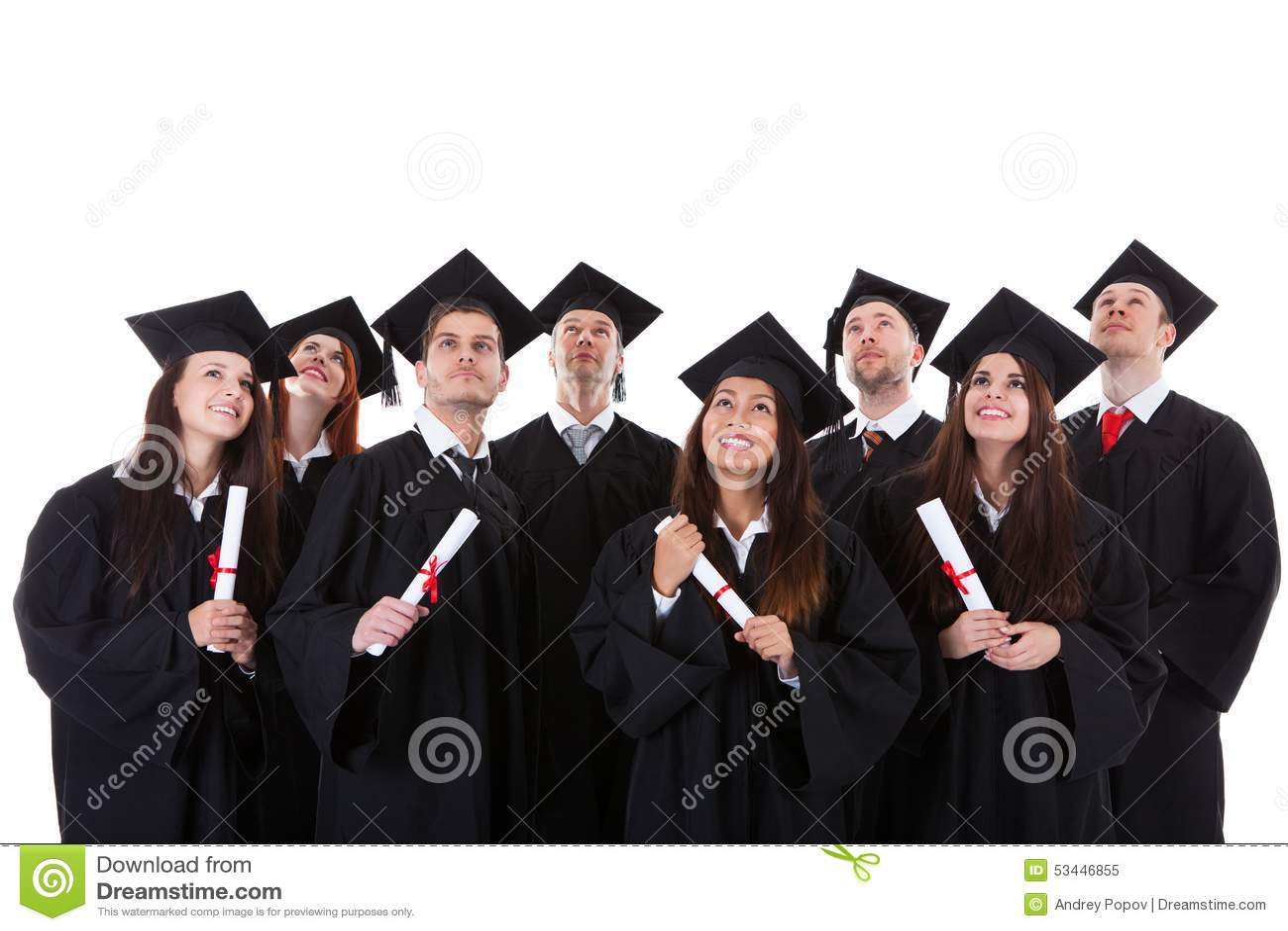 Groupe de sourire heureux de diplômés multi-ethniques