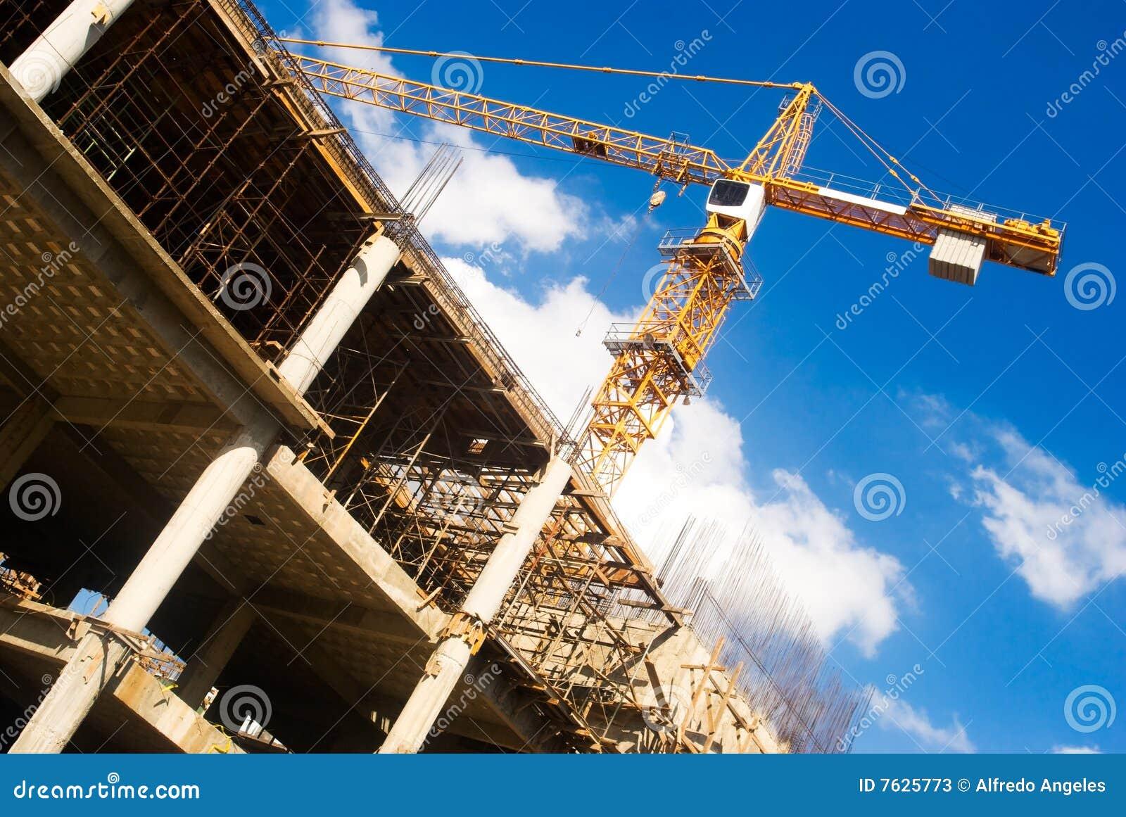 Grue dans une construction