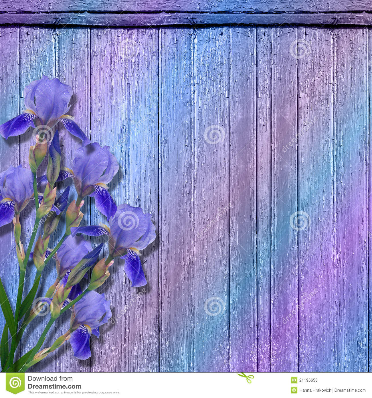 The grunge wood background with flowers.