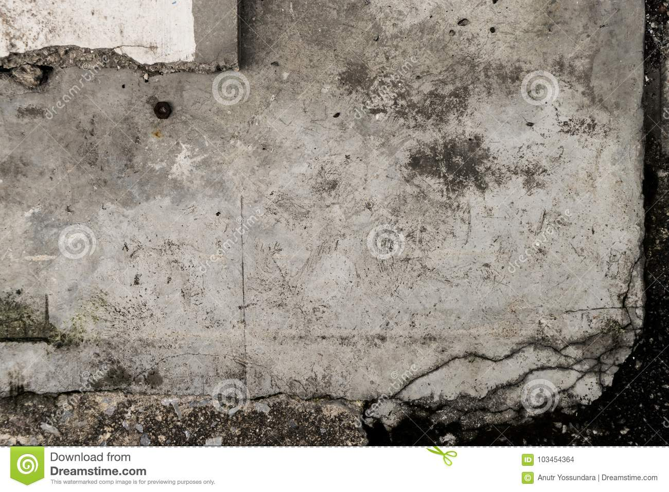 Grungy concrete plate on black ground framing