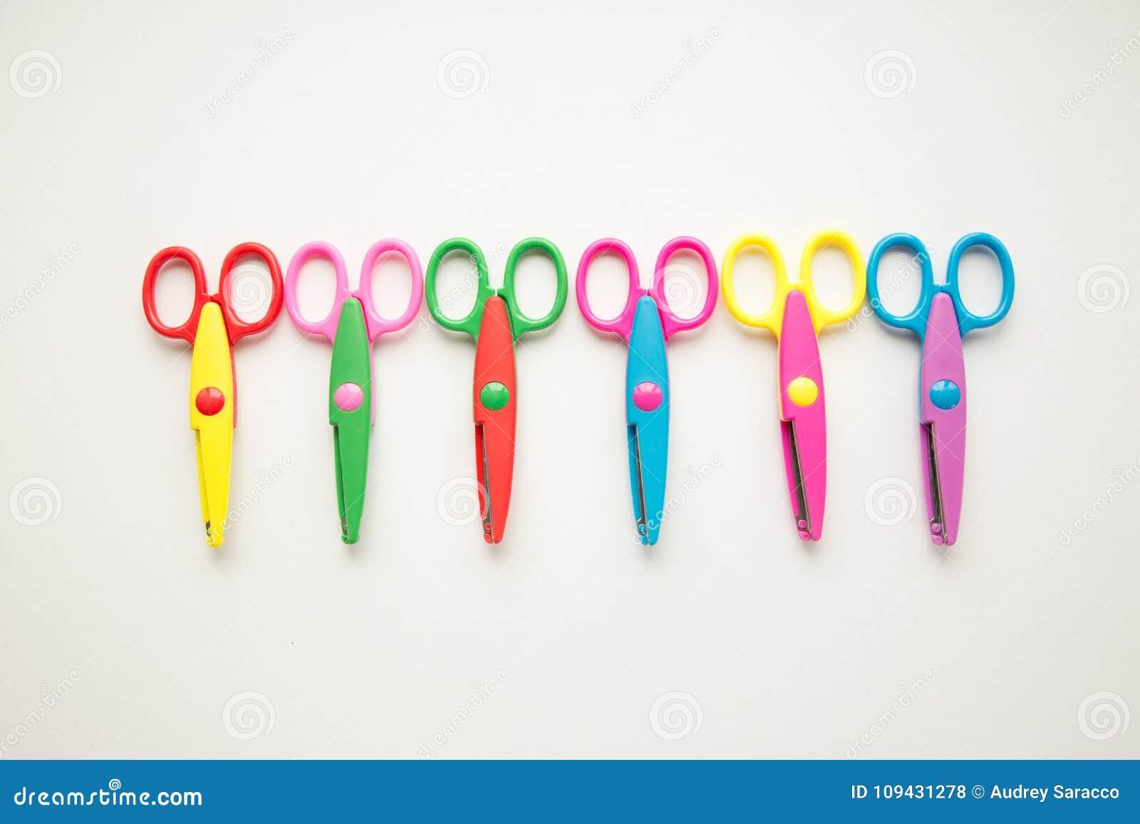 Grupa kolorowi nożyce