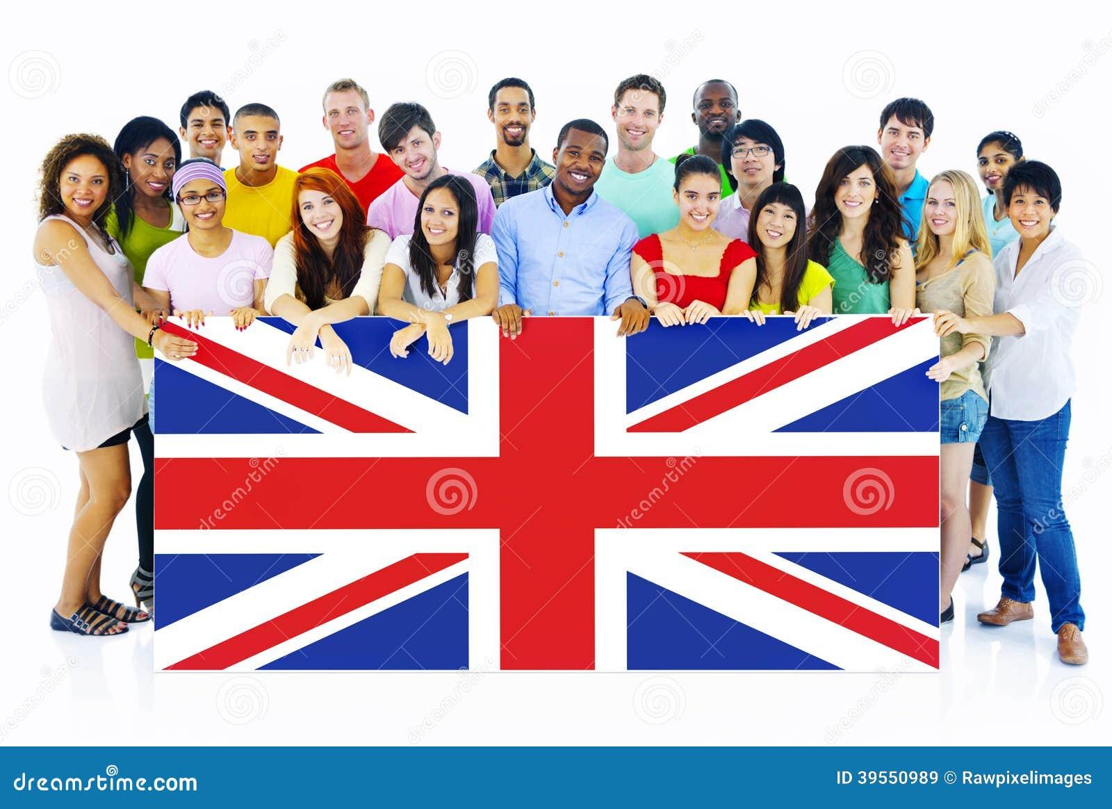 Grupa Ludzi Trzyma Zjednoczone Królestwo deskę