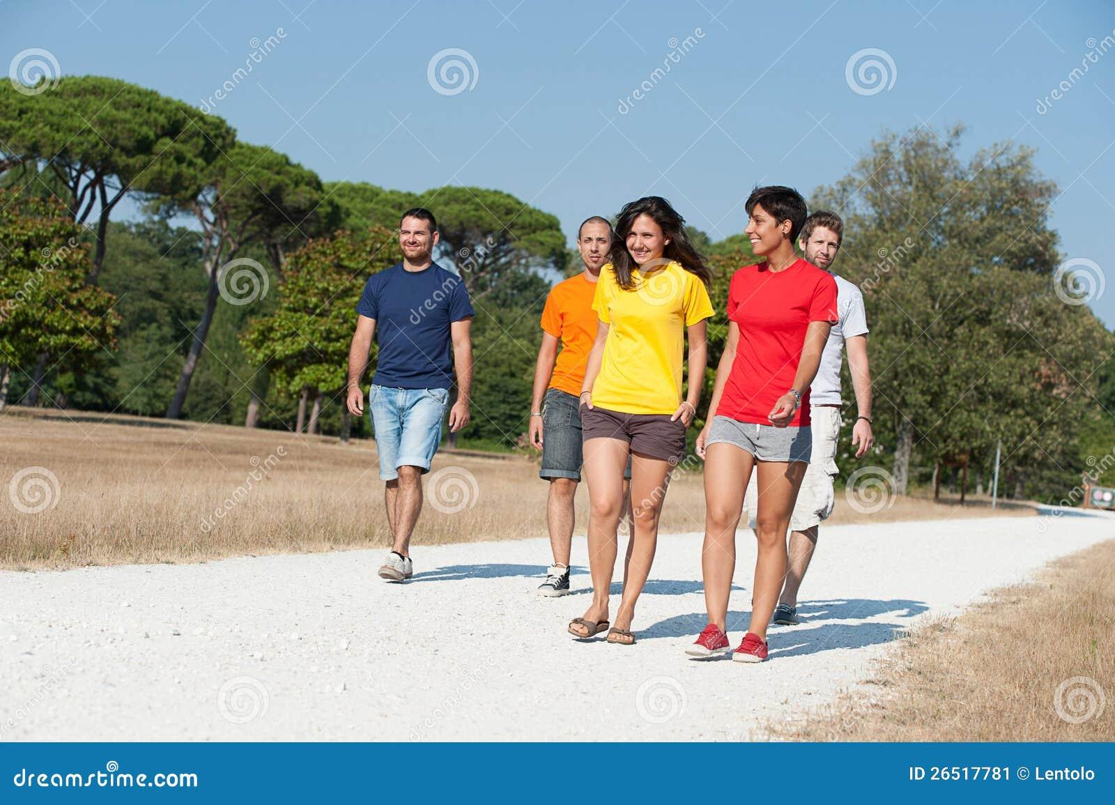 Grupo de amigos que andam fora