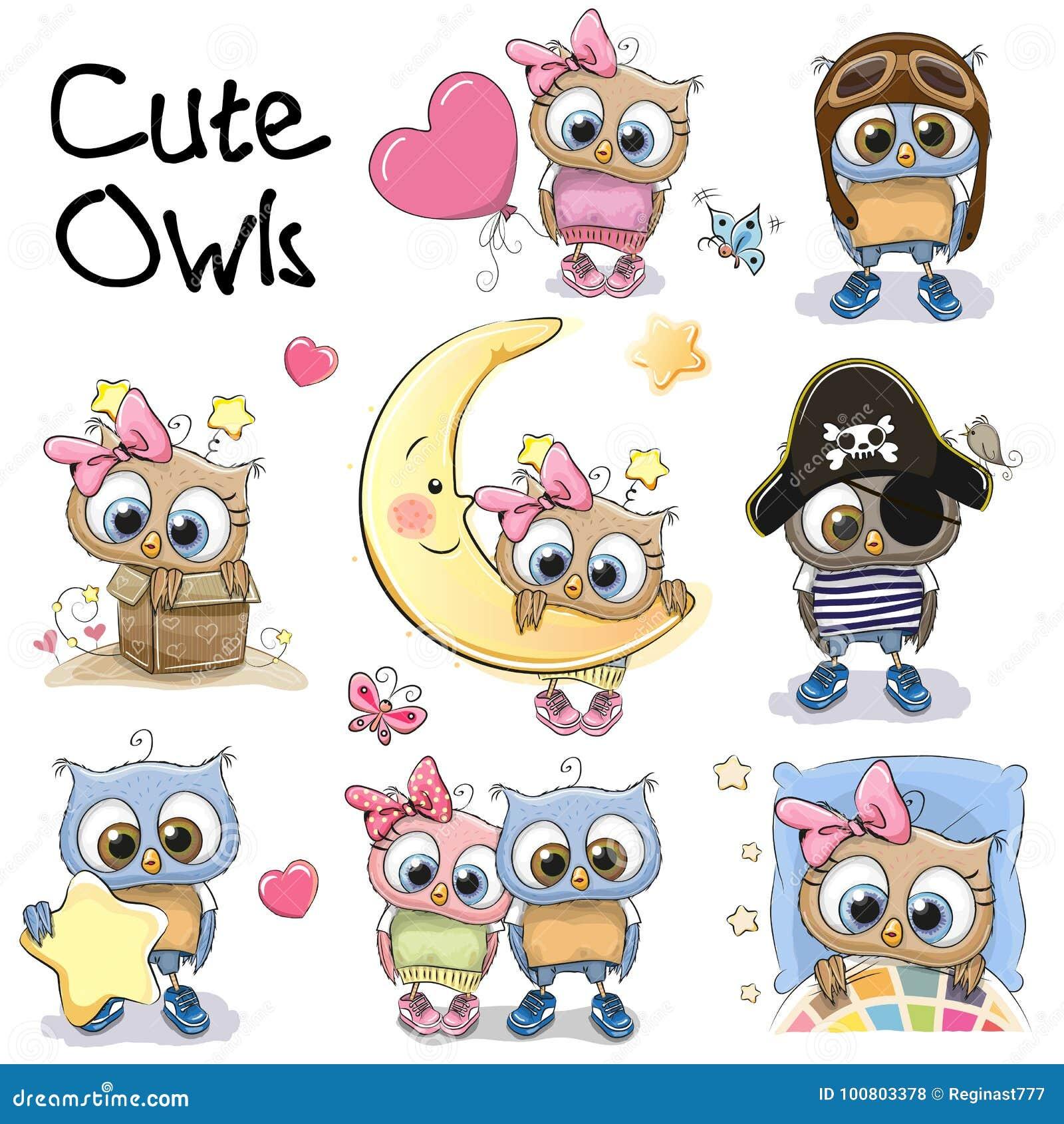 Grupo de corujas bonitos dos desenhos animados