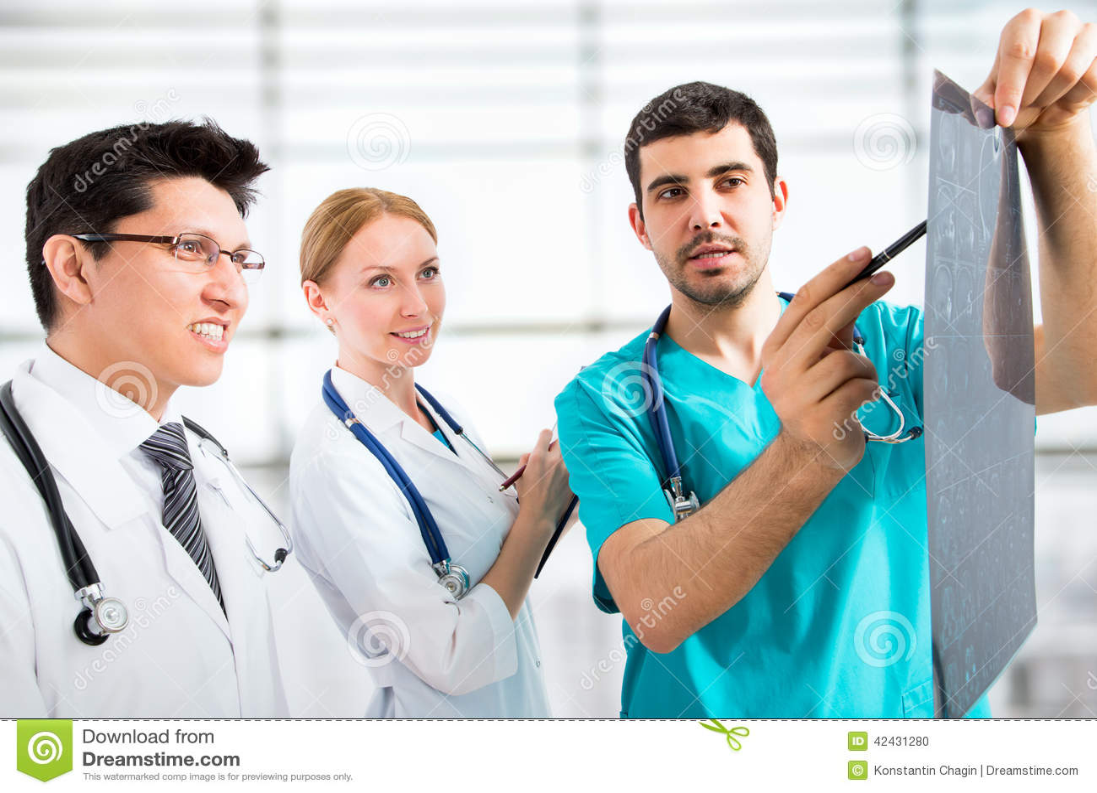 Grupo de doctores