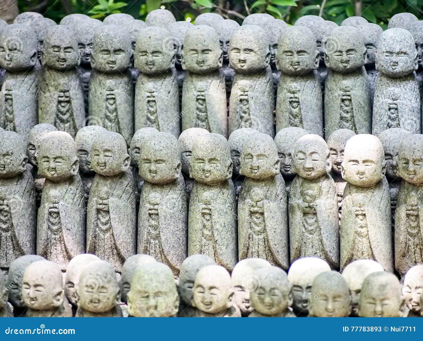 Grupo de estatuas del monje