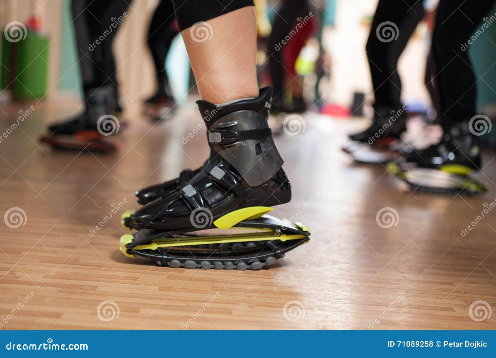 Que Del Con Grupo Hace Los Zapatos De Kangoo Personas Ejercicios rxoedQWCB