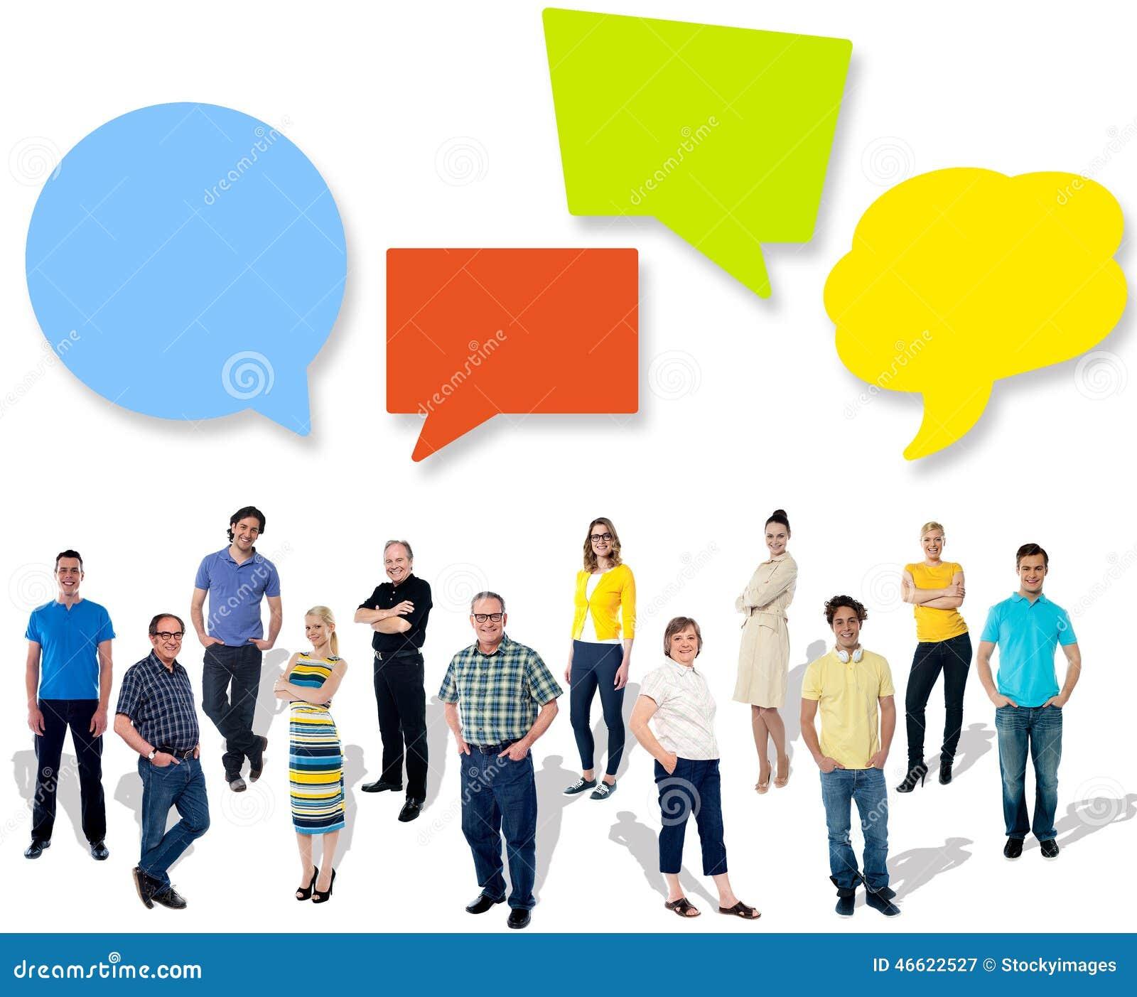 Grupo de povos diferentes que compartilham de ideias
