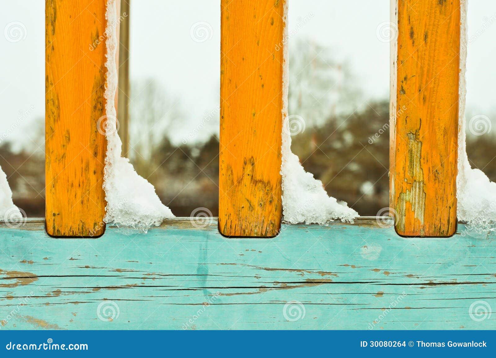 Nieve en las verjas foto de archivo imagen de desviaci n - Verjas de madera ...