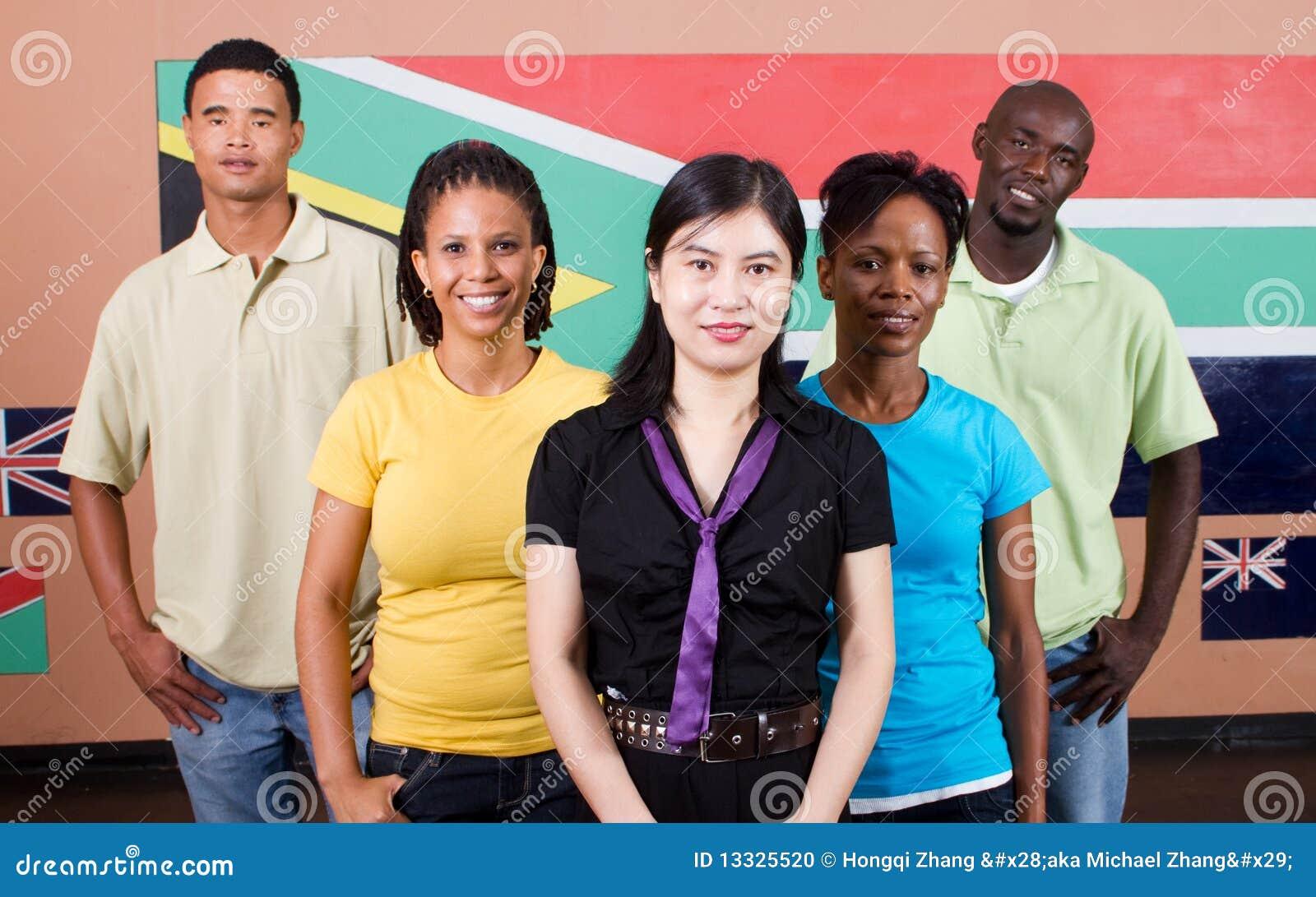 Grupowi ludzie