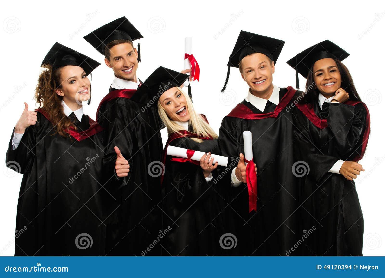Grupp av graderade unga studenter