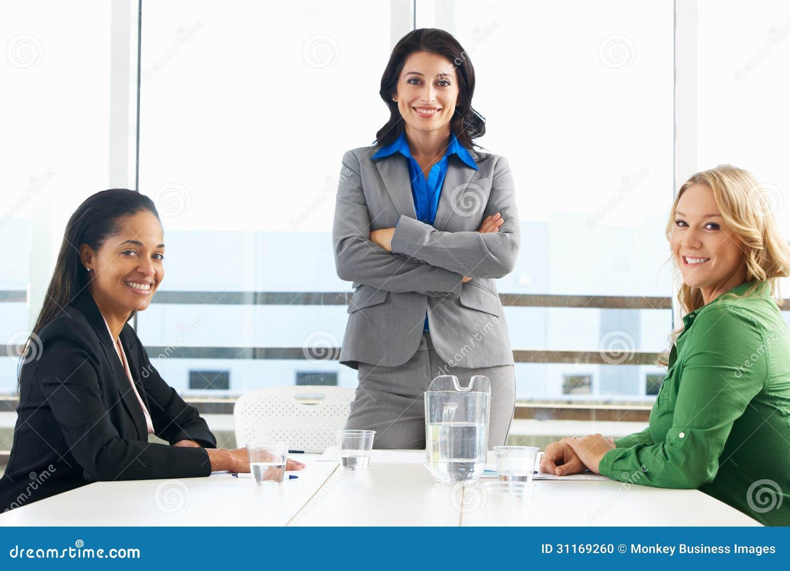 Møte kvinner først