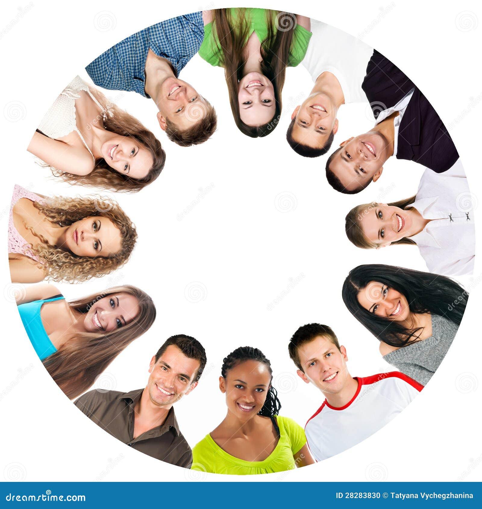 Gruppe lächelnde Leute