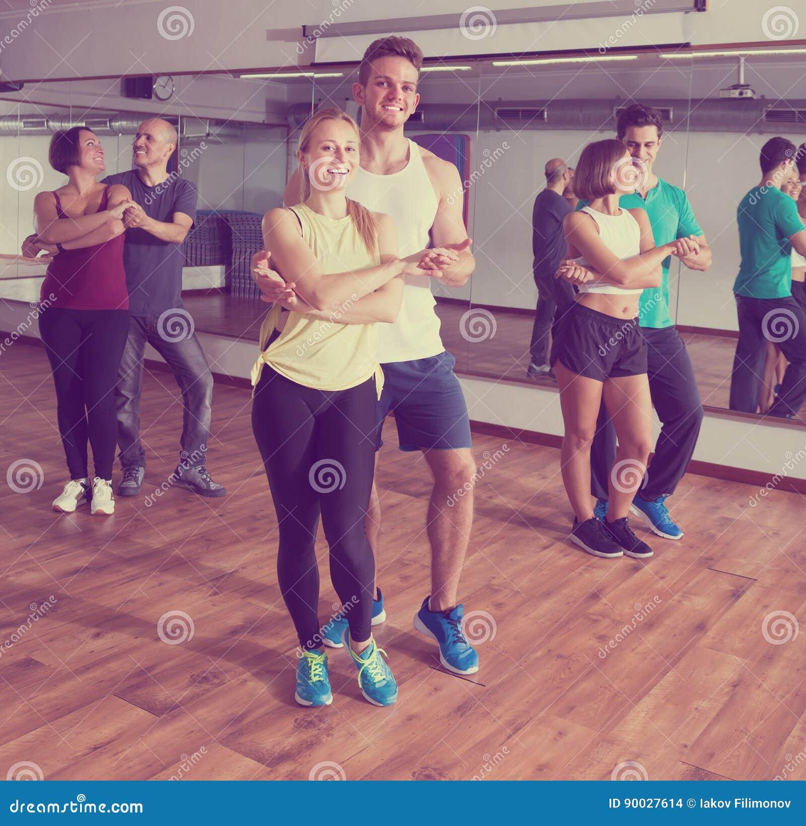 erwachsenen camp tanz