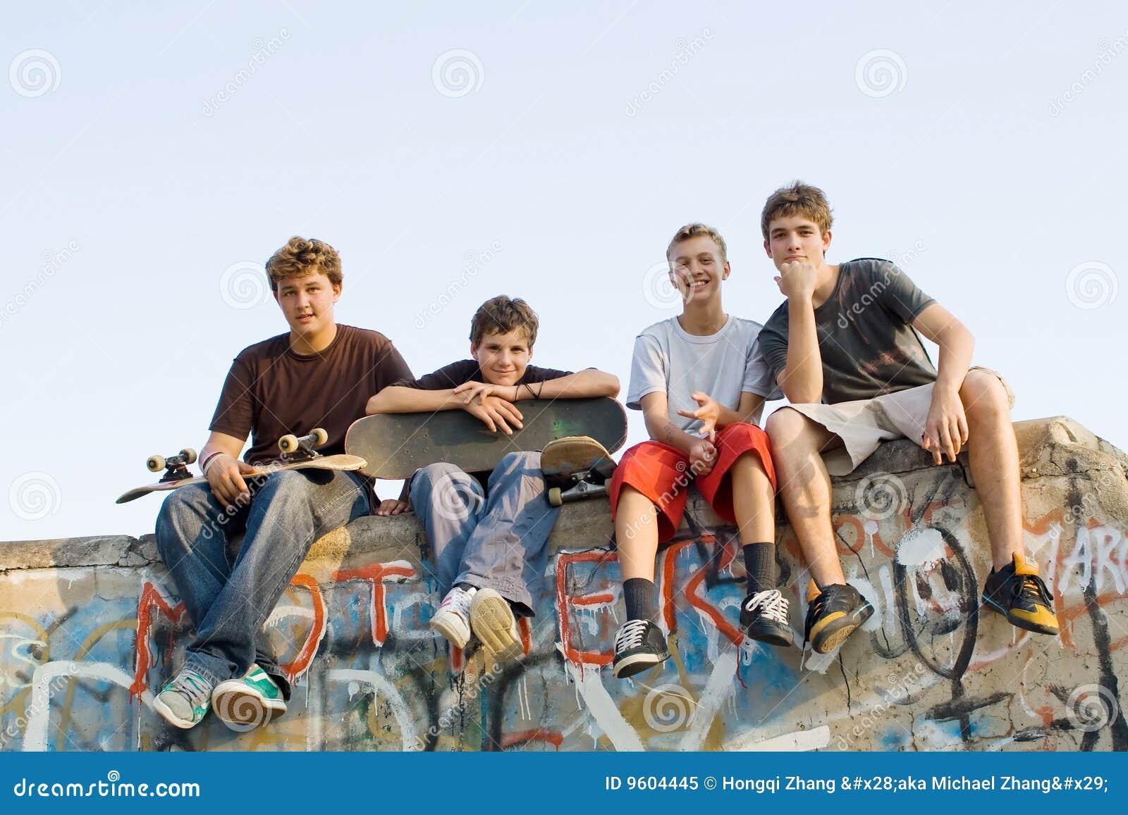 Gruppo di anni dell adolescenza