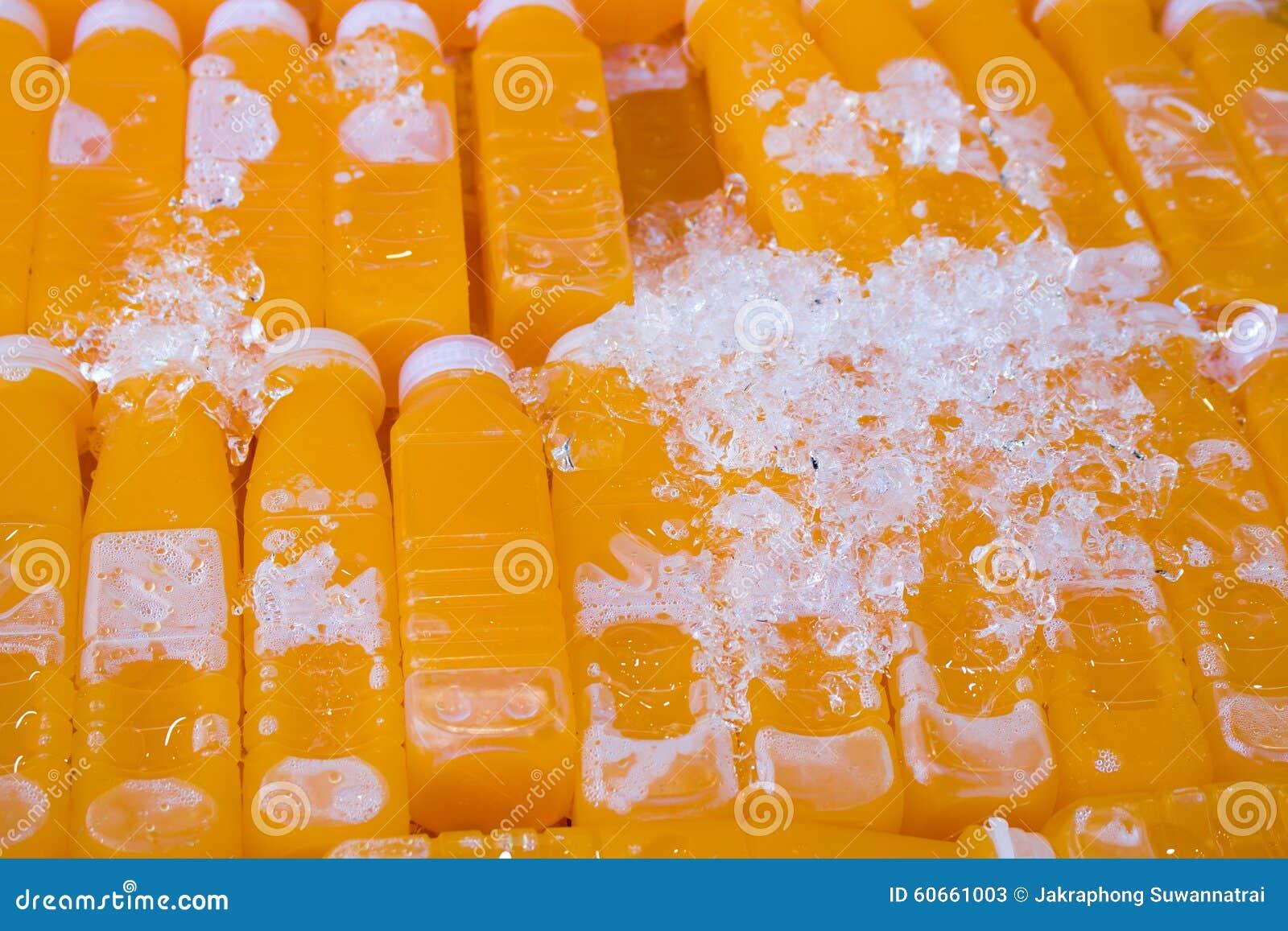 Gruppo di bottiglia del succo d arancia