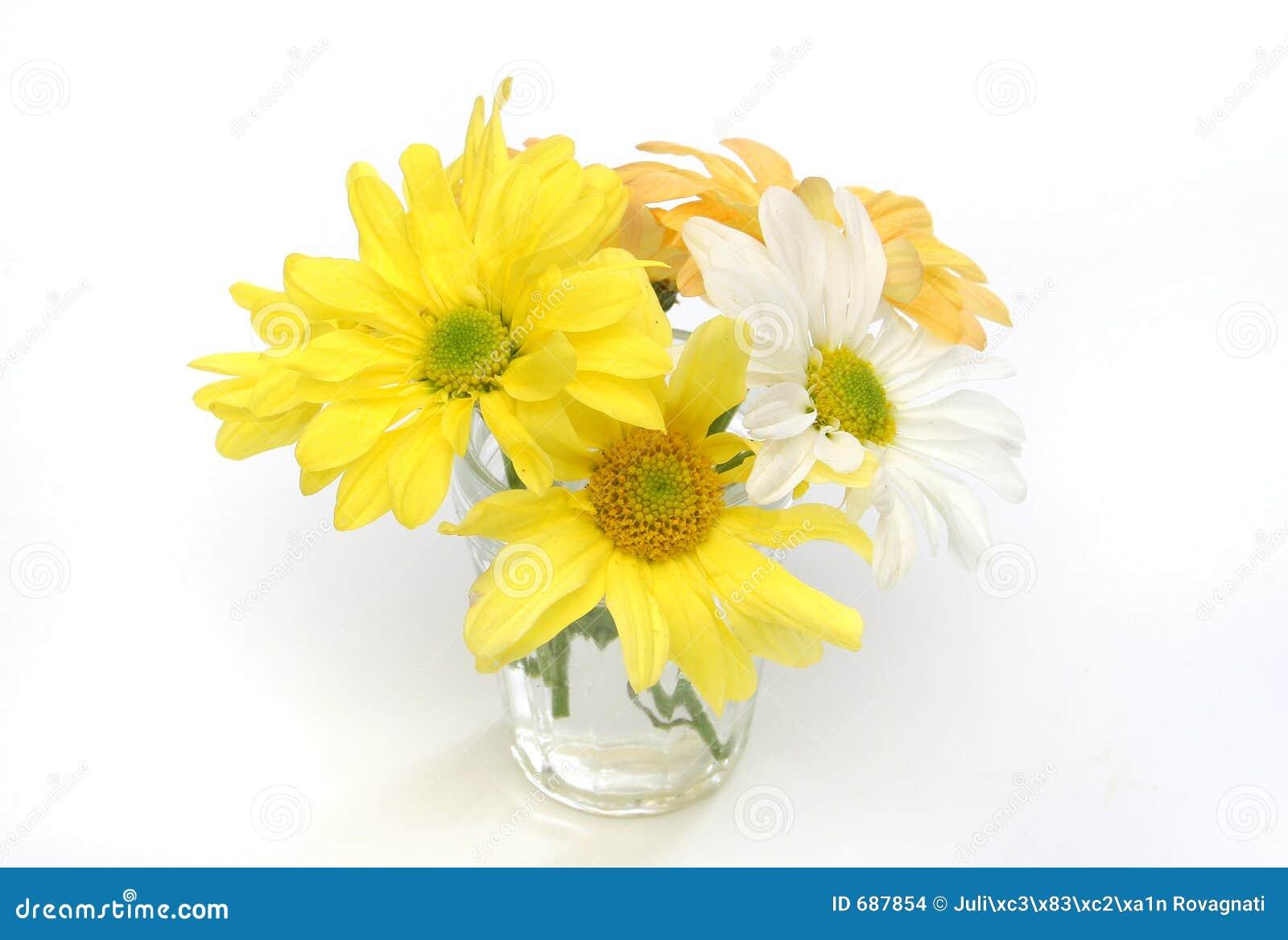 Gruppo di fiori in un vaso di vetro fotografia stock for Fiori da vaso