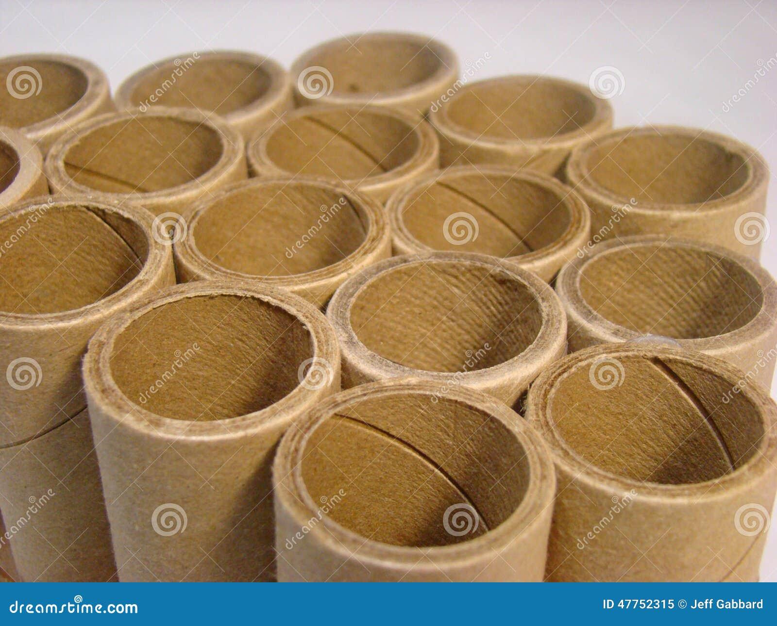 Gruppo di tubi di cartone fotografia stock immagine for Tubi cartone